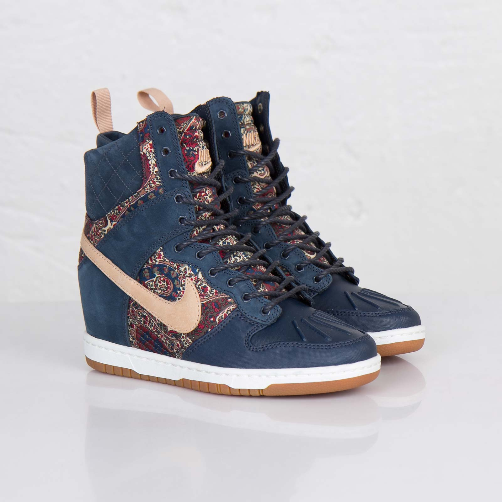 best authentic d5f98 9e7a7 Nike Wmns Dunk Sky Hi Sneakerboot Liberty QS