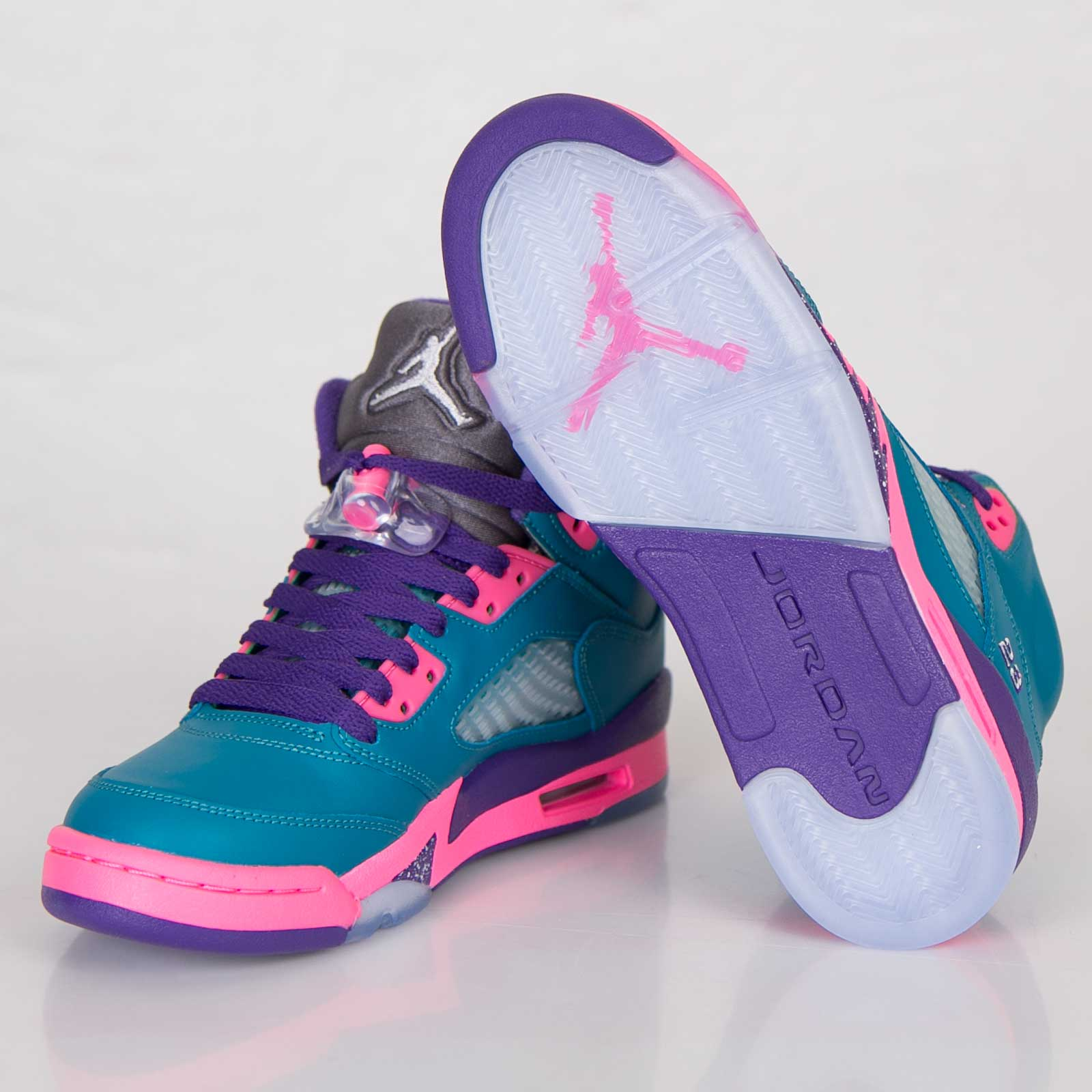 a15e97dd904 Jordan Brand Girls Air Jordan 5 Retro (GS) - 440892-307 ...