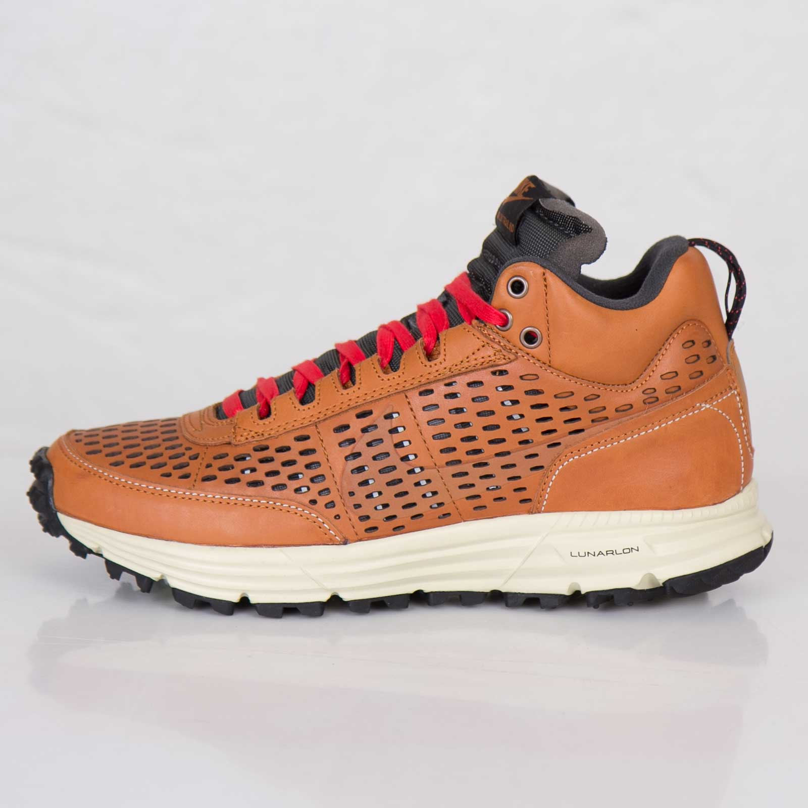 low cost ead93 707c4 Nike Lunar LDV Sneakerboot Premium QS - 8. Close