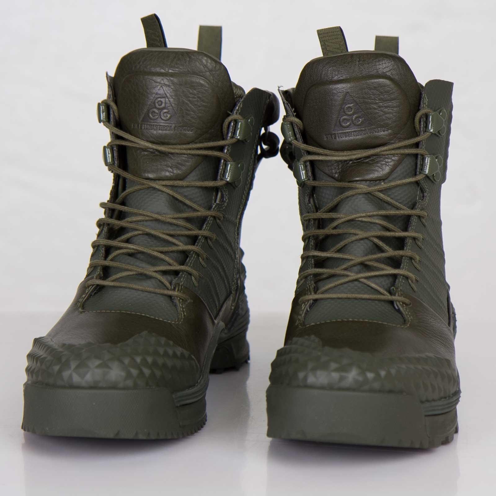 hot sale online b3f28 c7c0a Nike Lunarterra Arktos SP - 646104-222 - Sneakersnstuff   sneakers    streetwear online since 1999