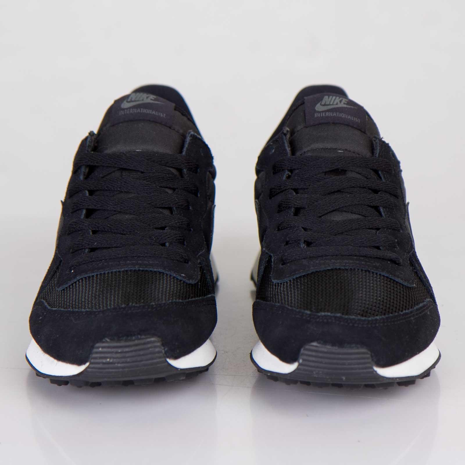 best service f77e6 7f487 Nike Internationalist - 631754-030 - Sneakersnstuff   sneakers   streetwear  online since 1999