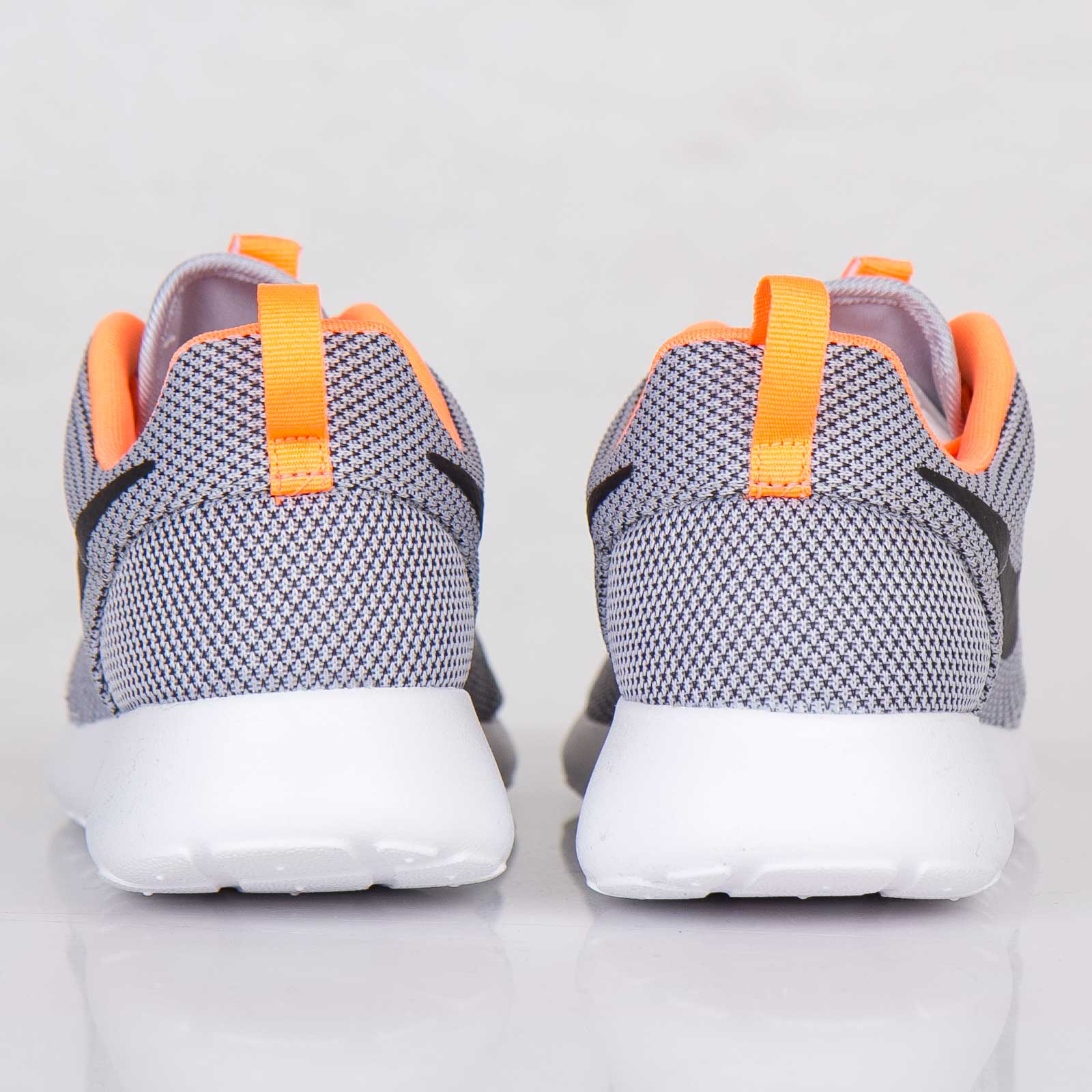 newest 9ba2a e3252 Nike Roshe Run - 511881-080 - Sneakersnstuff   sneakers   streetwear online  since 1999