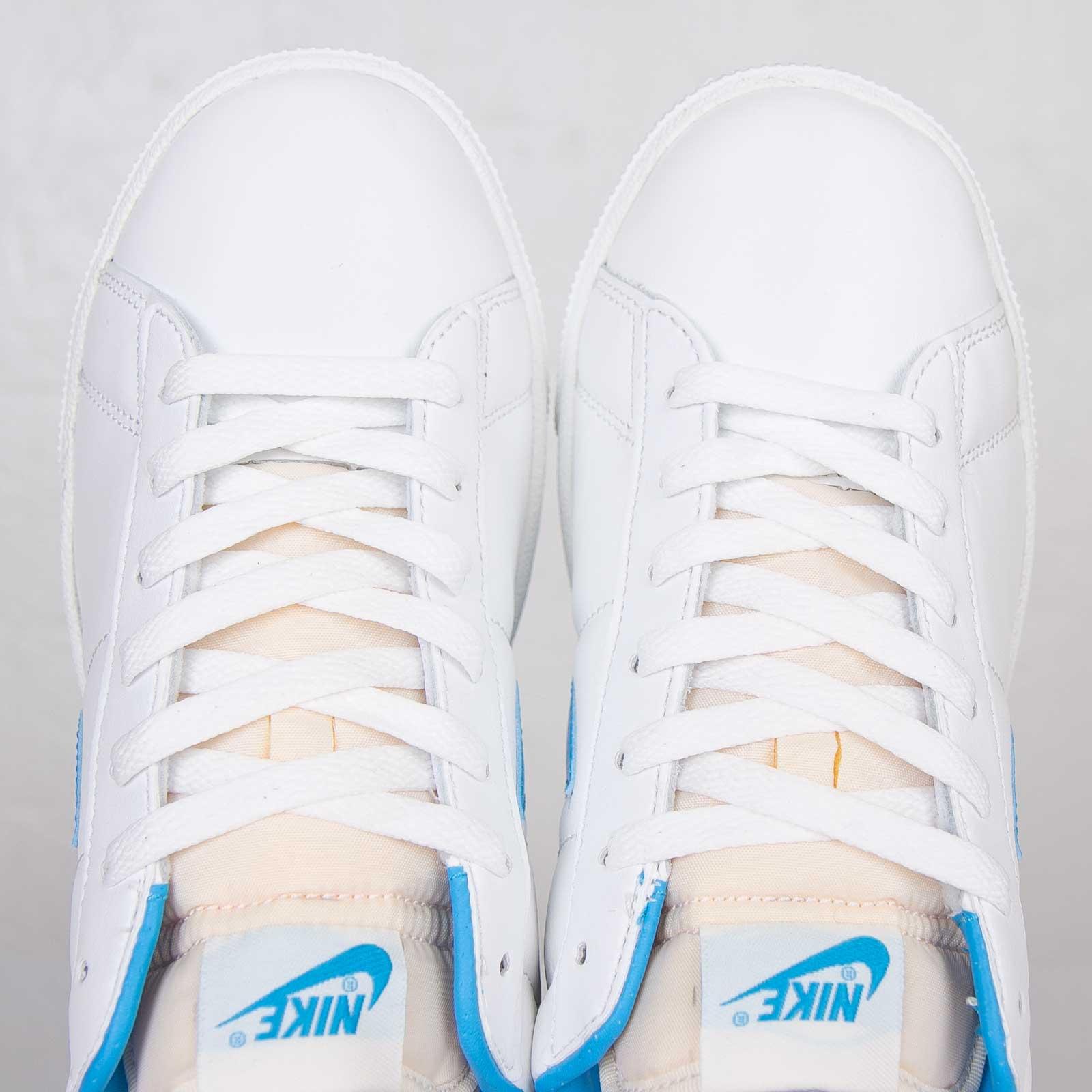 Componer Marchitar favorito  Nike Tennis Classic RM - 631692-140 - Sneakersnstuff | sneakers &  streetwear online since 1999