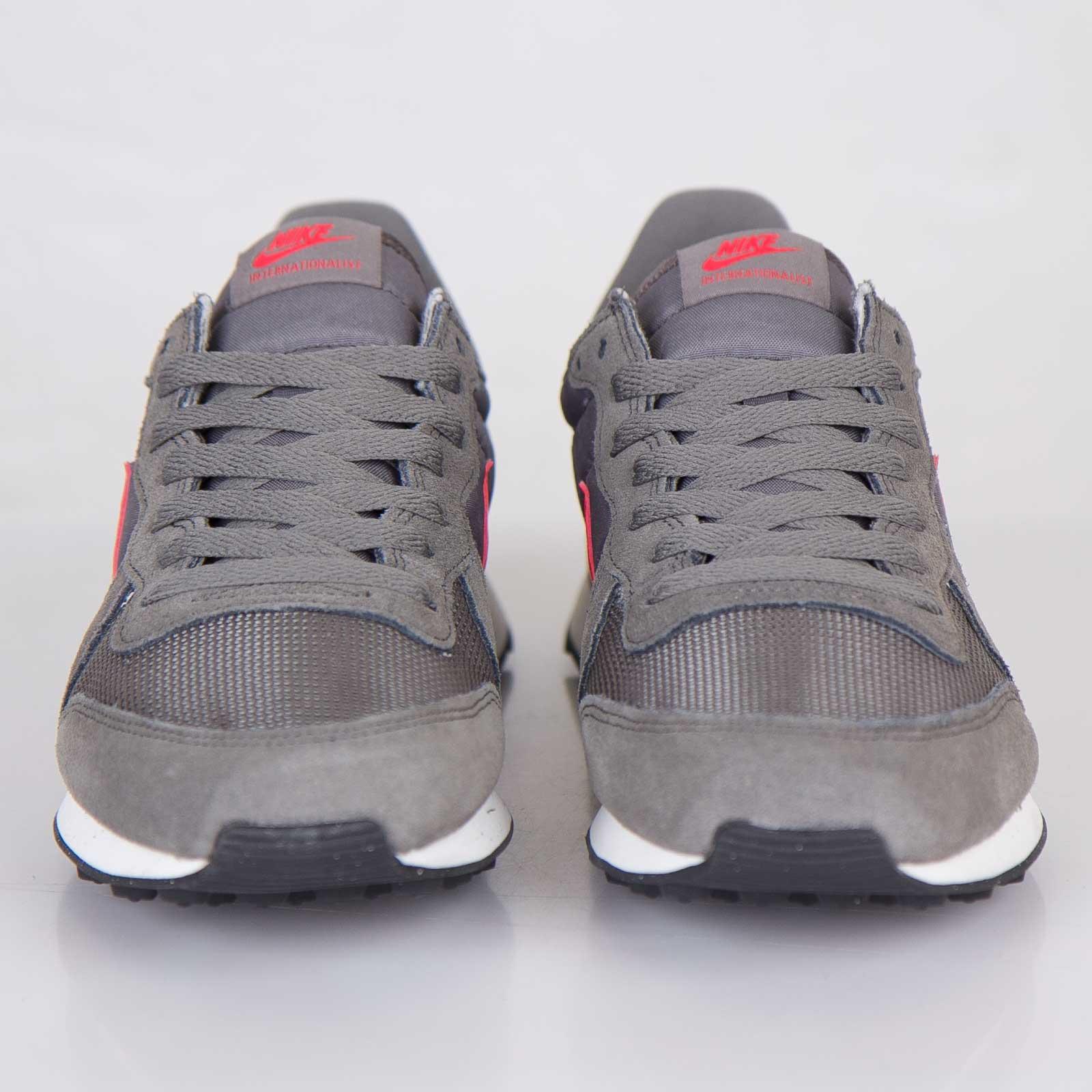 new style 96486 f7934 Nike Internationalist - 631754-062 - Sneakersnstuff   sneakers   streetwear  online since 1999