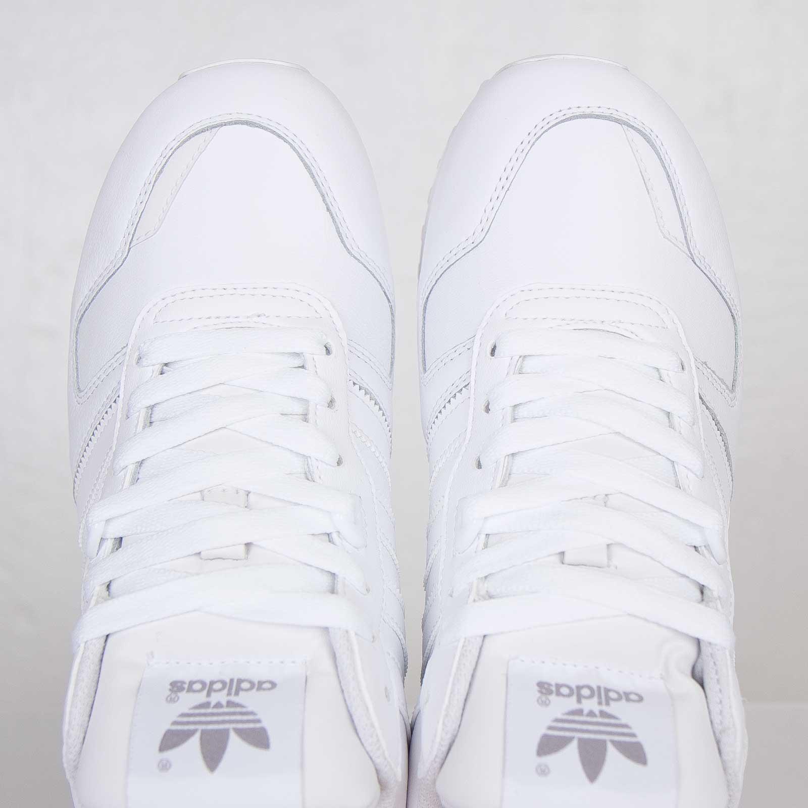 84459a2cbf2b9 adidas ZX 700 - G62110 - Sneakersnstuff