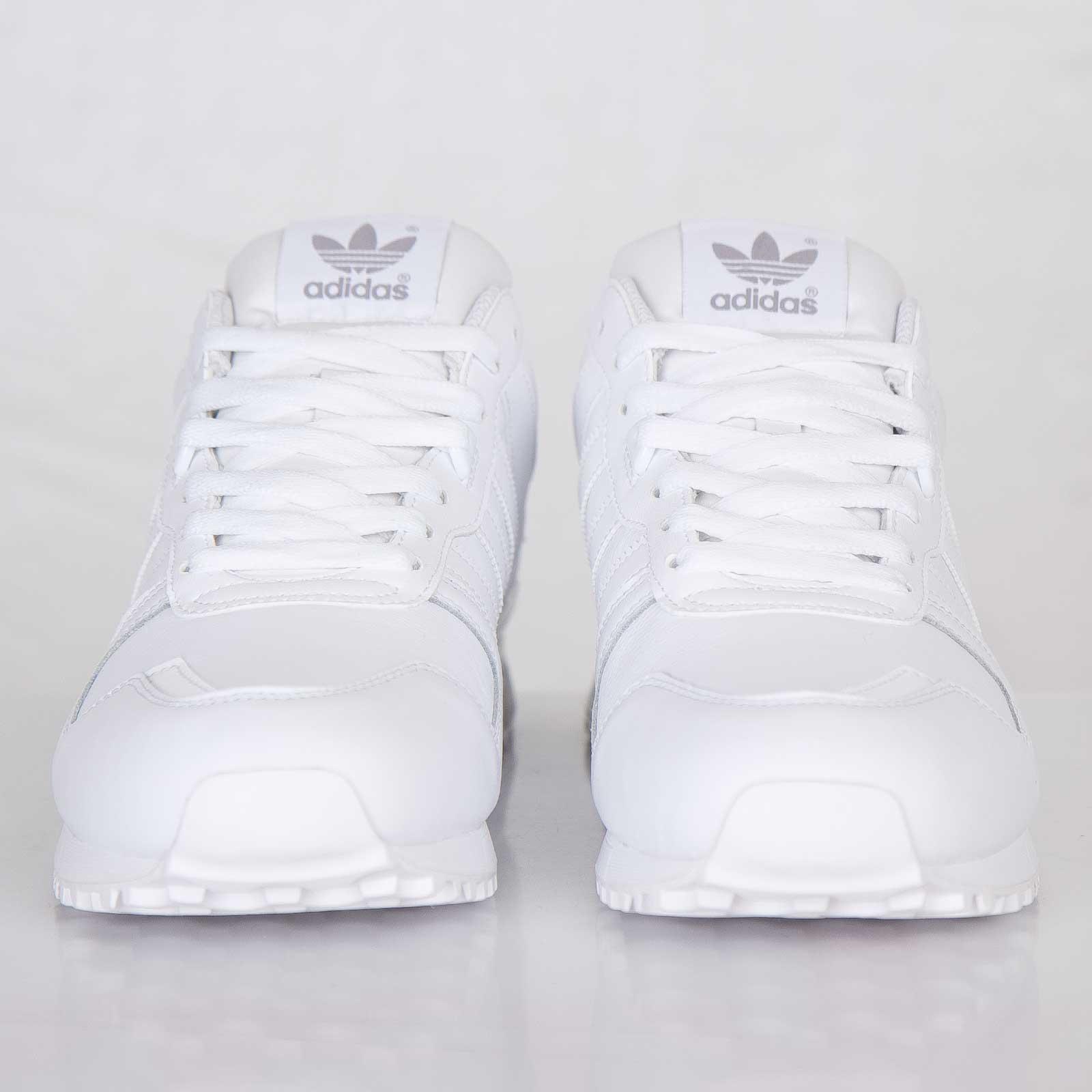 5a60ca921fc8e adidas ZX 700 - G62110 - Sneakersnstuff
