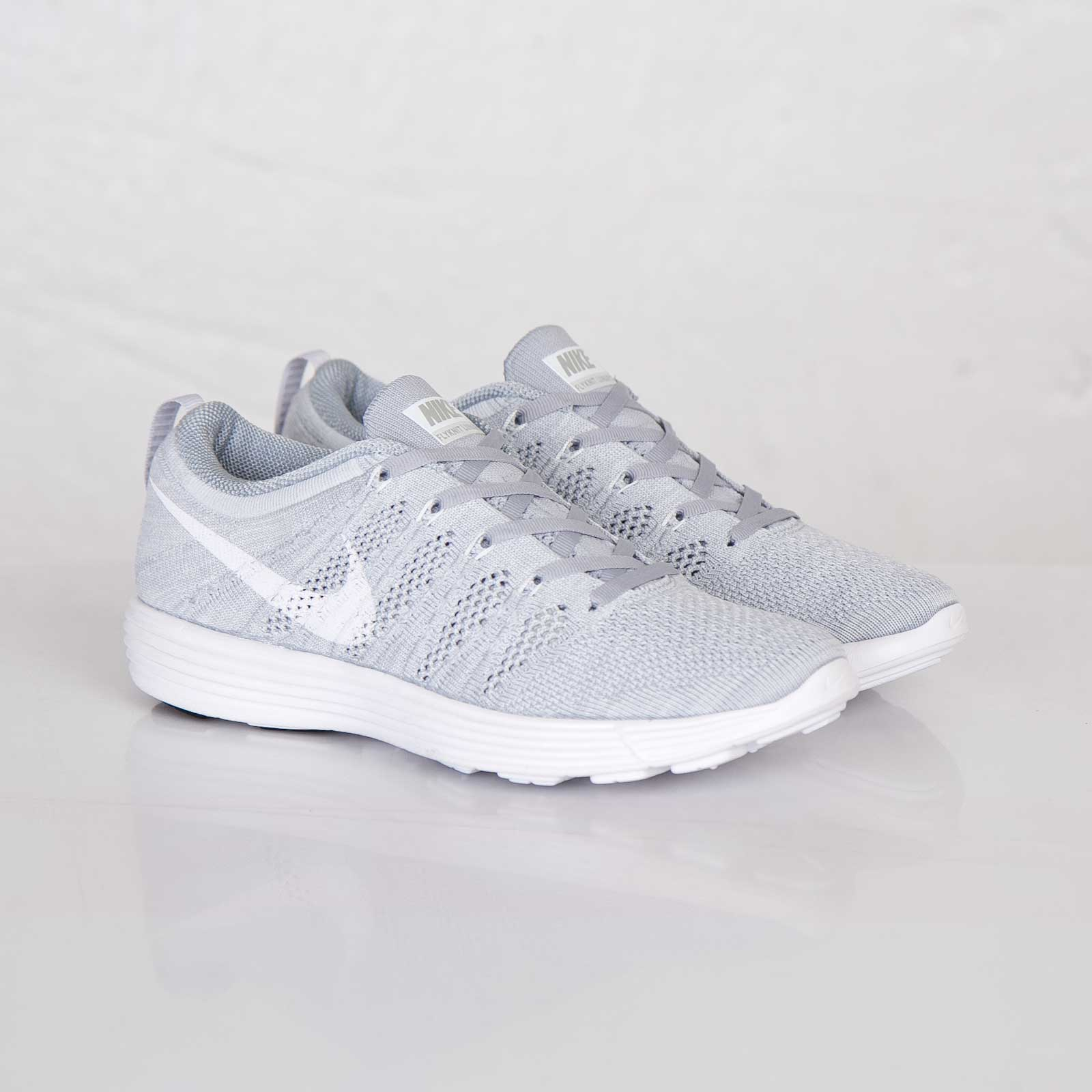 differently ac4c4 8b5bd Nike Wmns Flyknit Trainer
