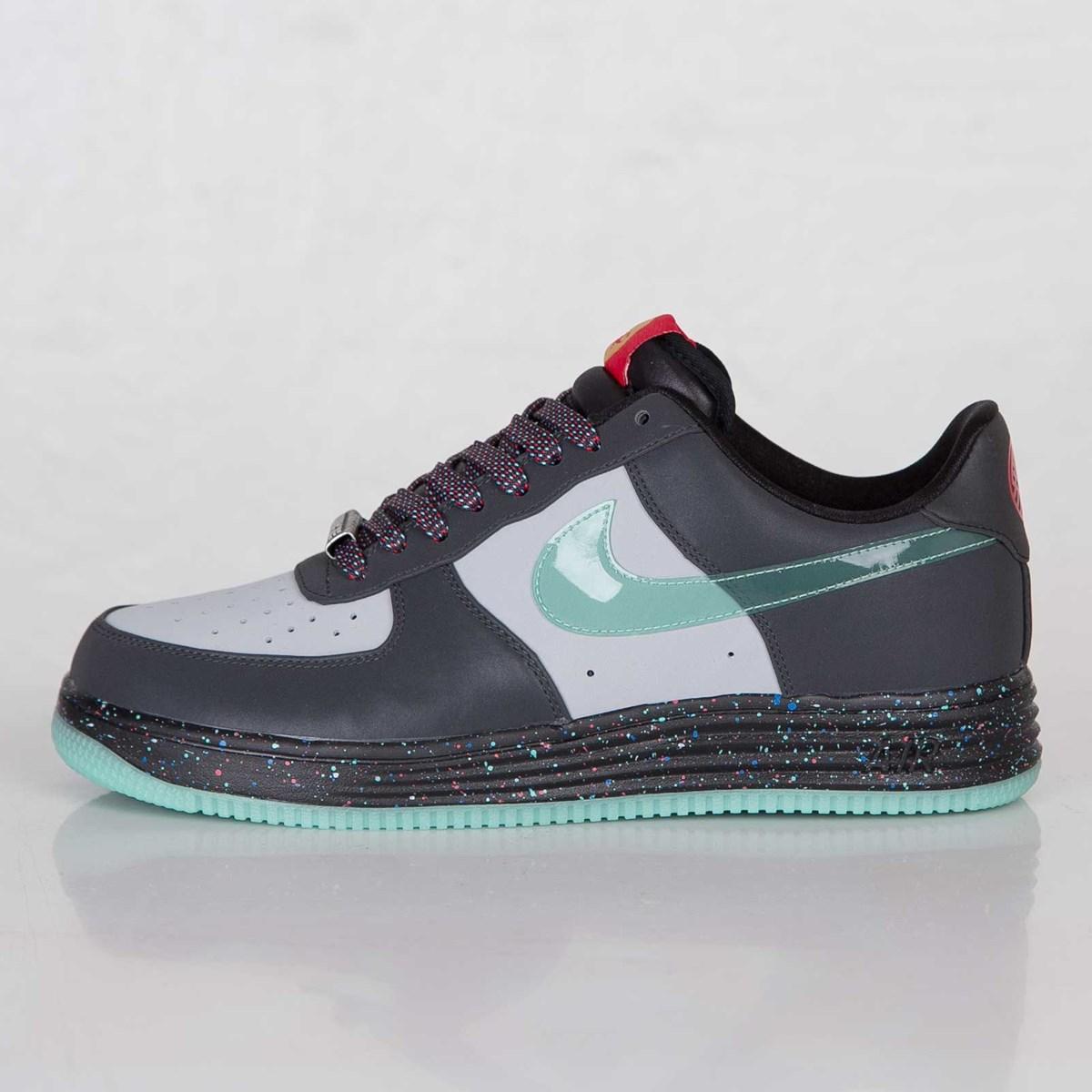 a70a3b243f3e Nike Lunar Force 1 YOH QS - 647595-001 - Sneakersnstuff