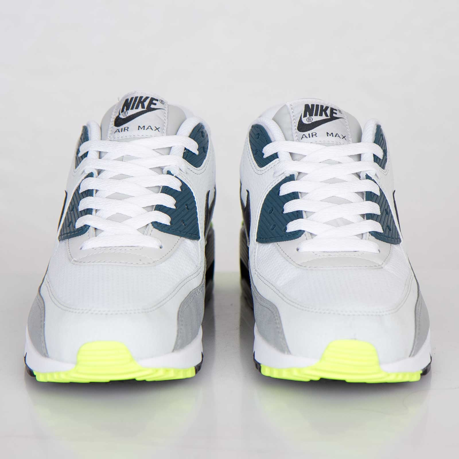 Nike Air Max 90 Essential Nike Air Max 90 Essential ...