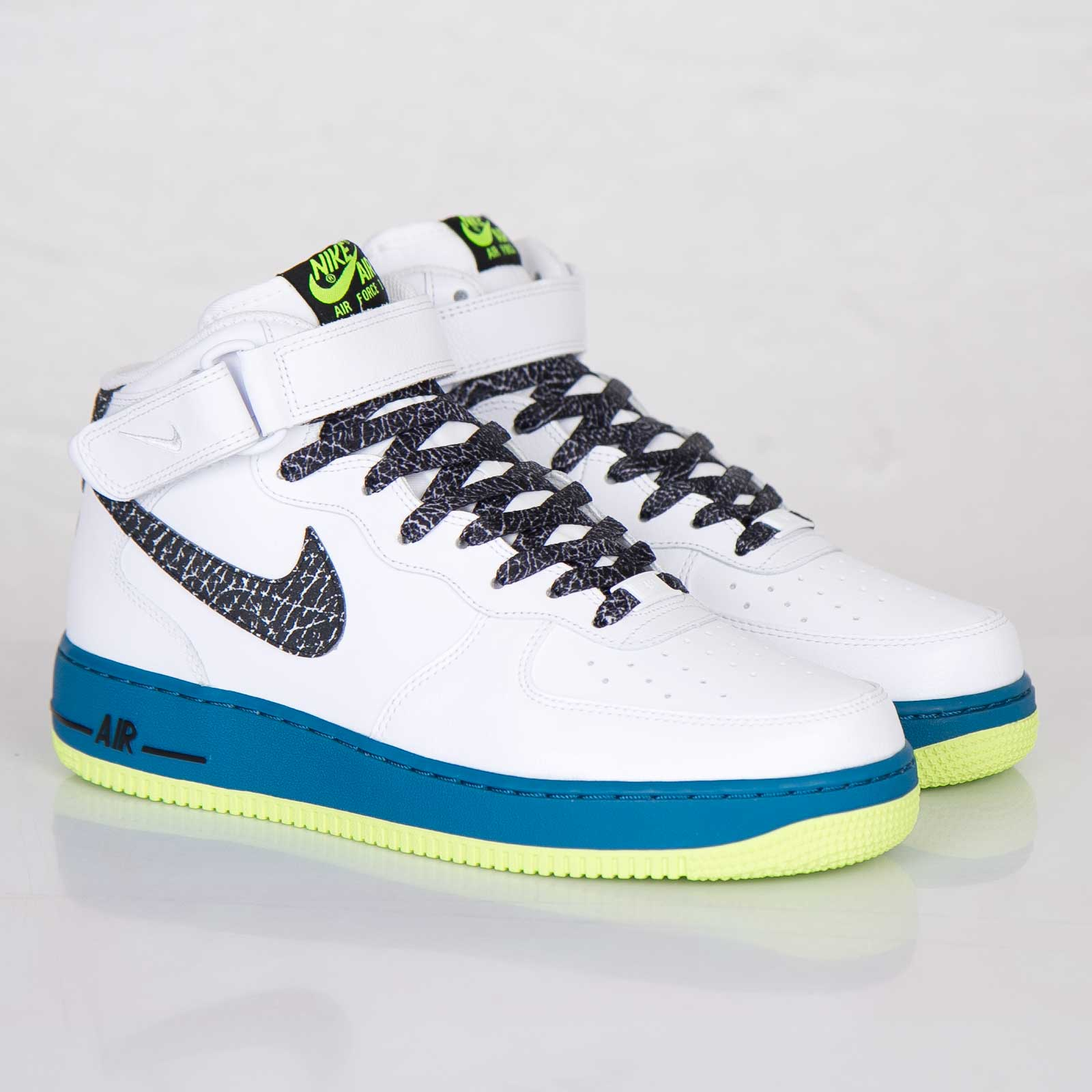 check out a68f3 d03cc Nike Air Force 1 Mid ´07