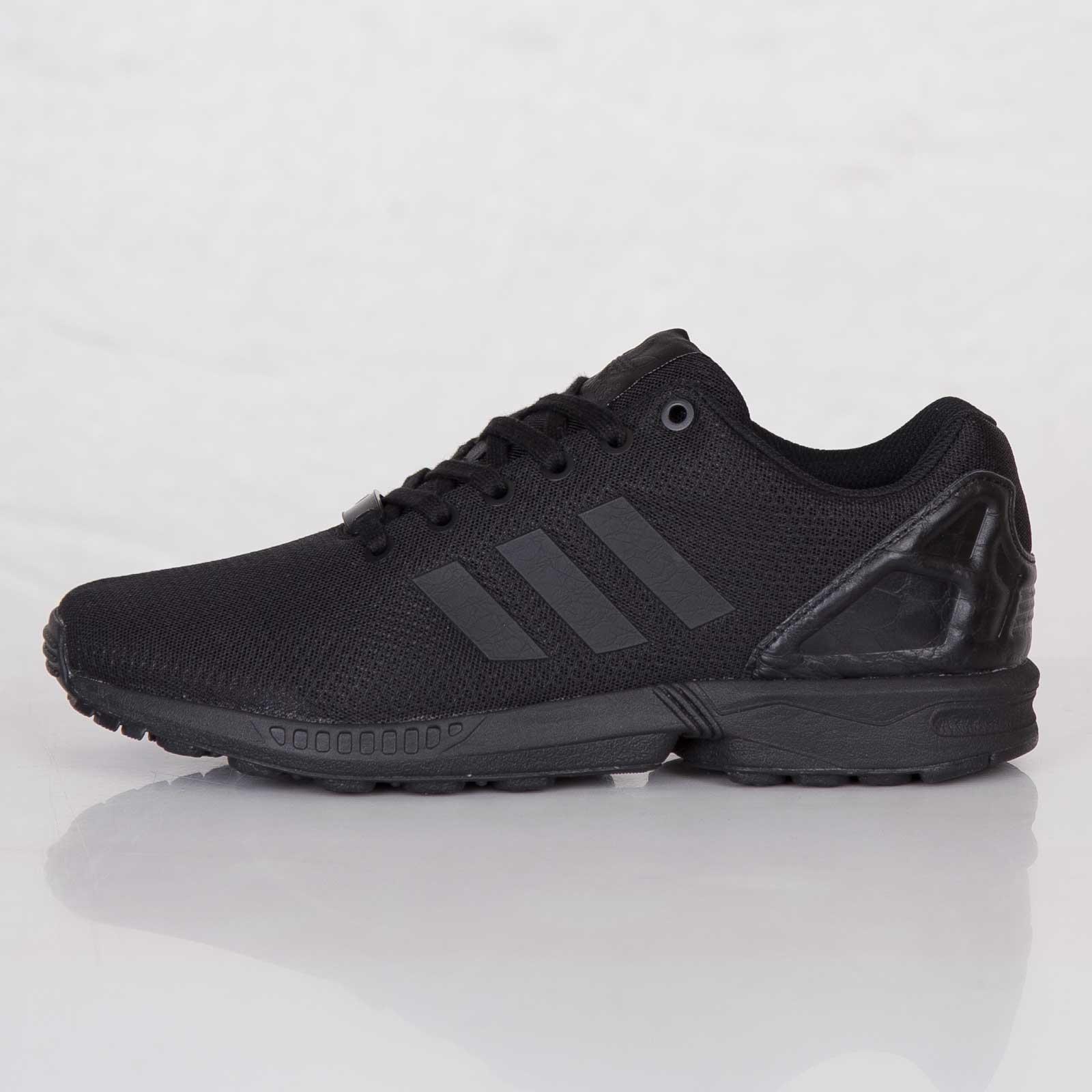 nouveau produit c2a5b 749bf adidas ZX Flux - M22507 - Sneakersnstuff | sneakers ...