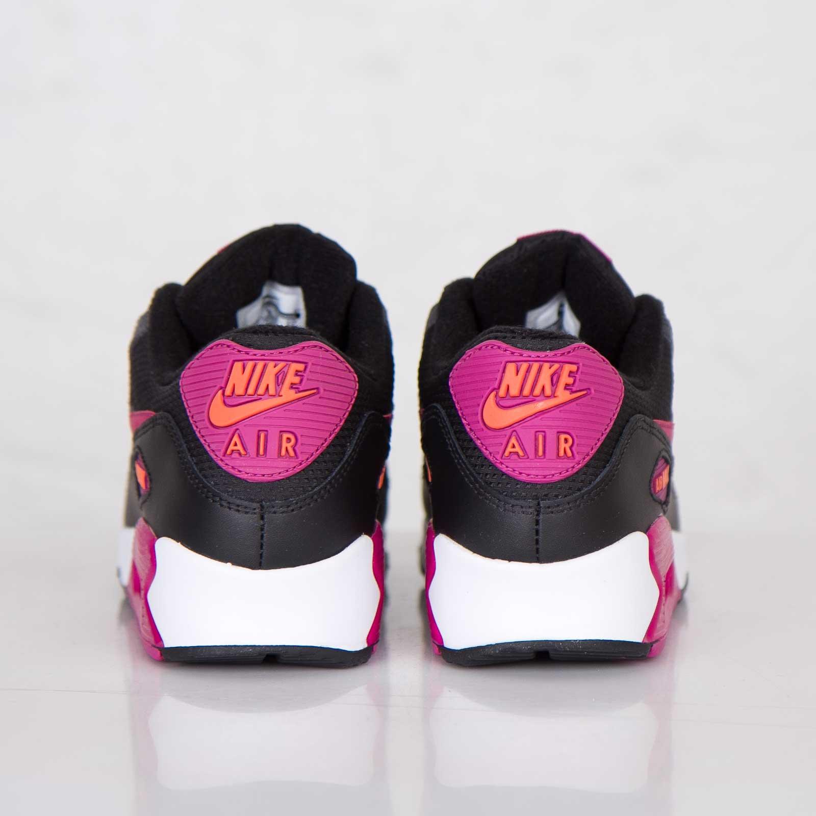 e9cd23cc67 Nike Wmns Air Max 90 Essential - 616730-005 - Sneakersnstuff | sneakers &  streetwear online since 1999