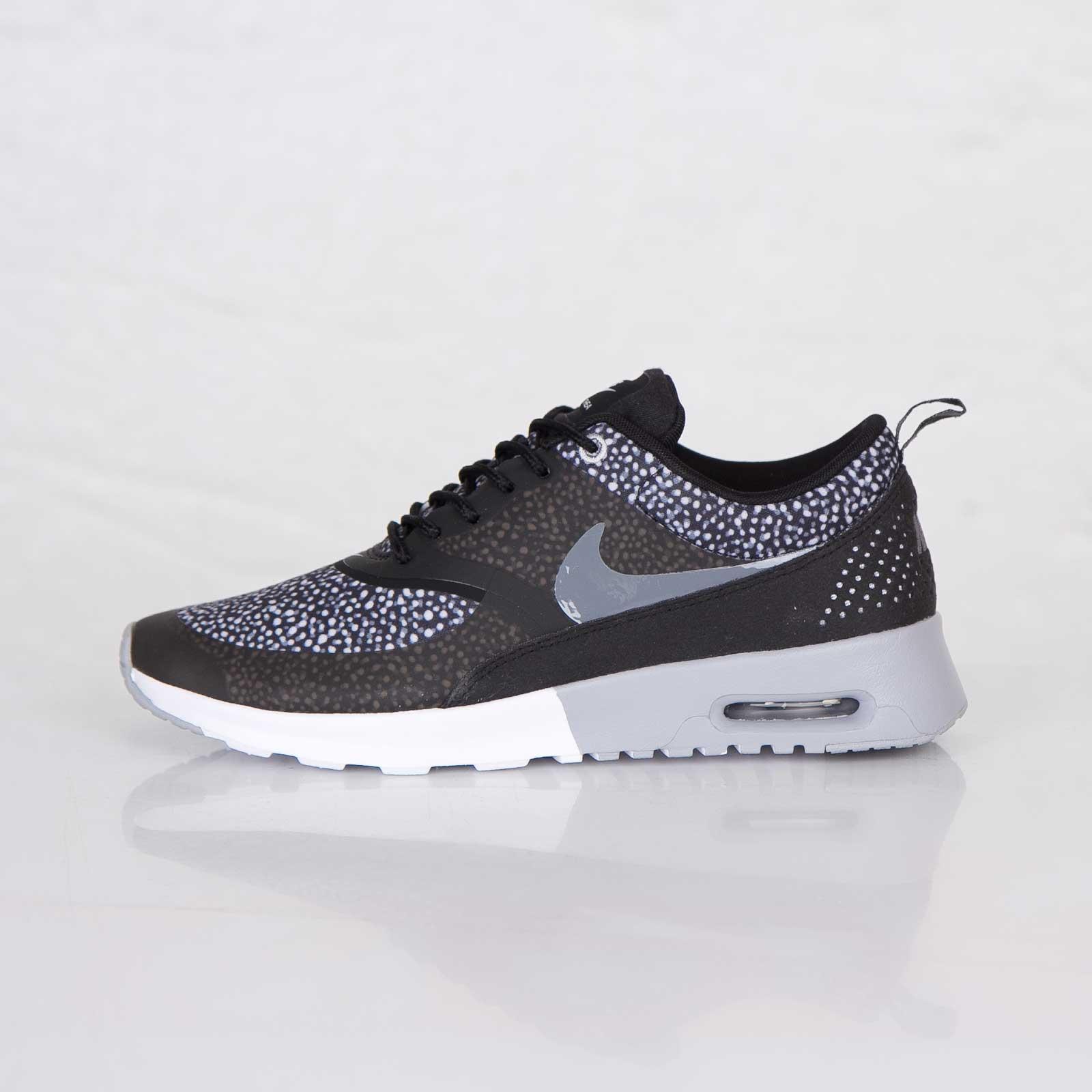 online store 57e87 32c97 Nike Wmns Air Max Thea Print - 7. Close