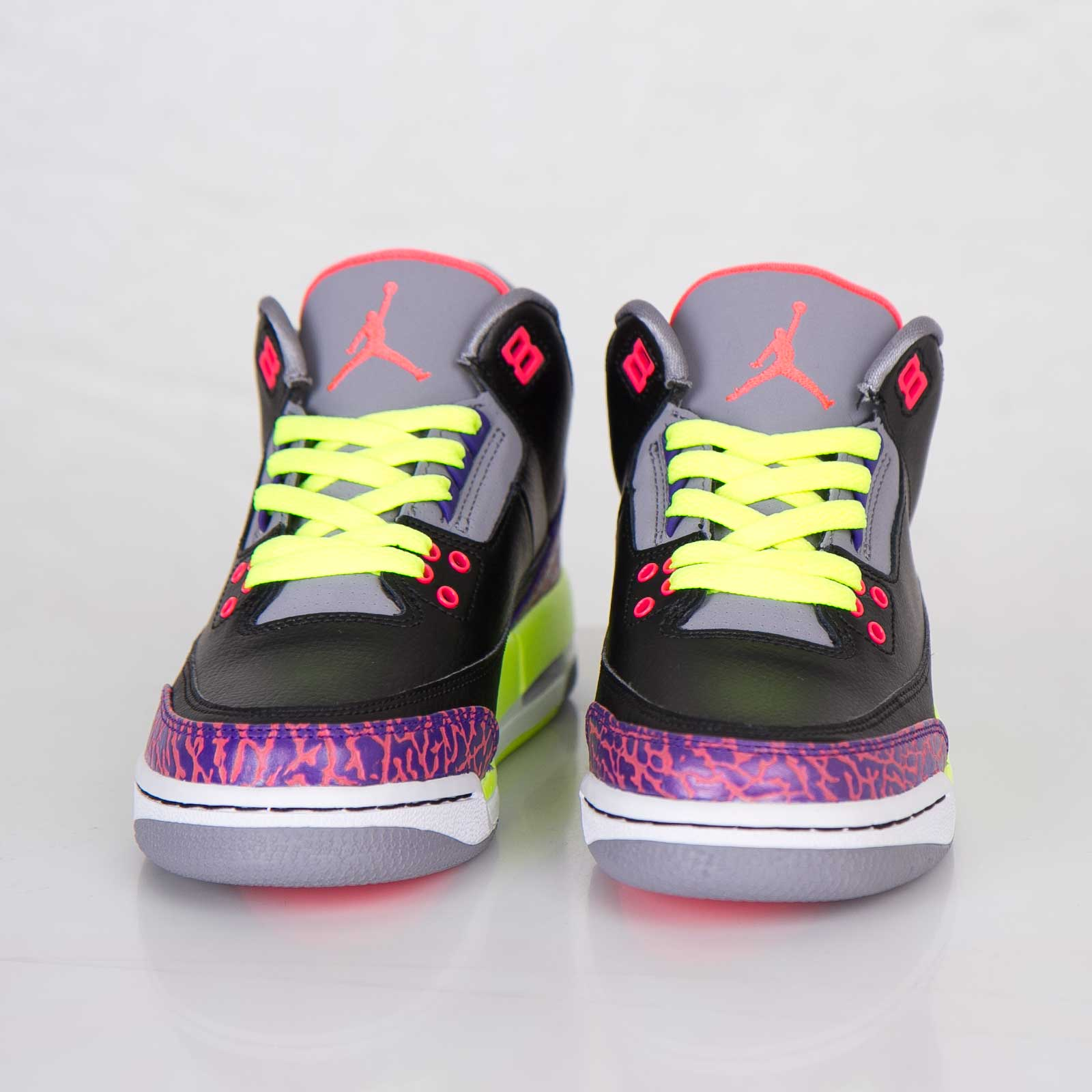 purchase cheap 094fe b484d Jordan Brand Girls Air Jordan 3 Retro - 441140-039 - Sneakersnstuff    sneakers   streetwear online since 1999