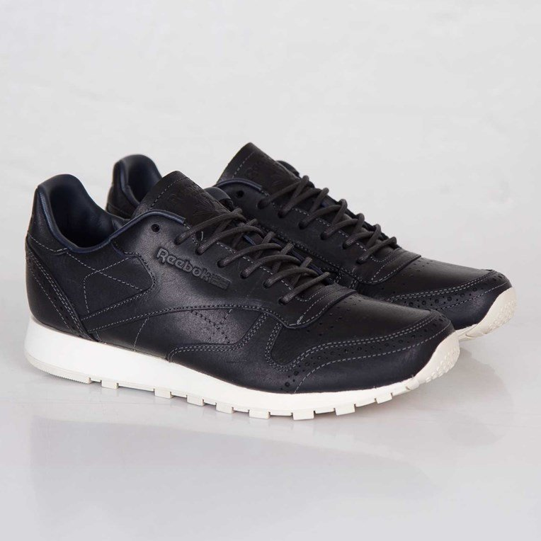 Reebok Classic Leather Lux CF Stead
