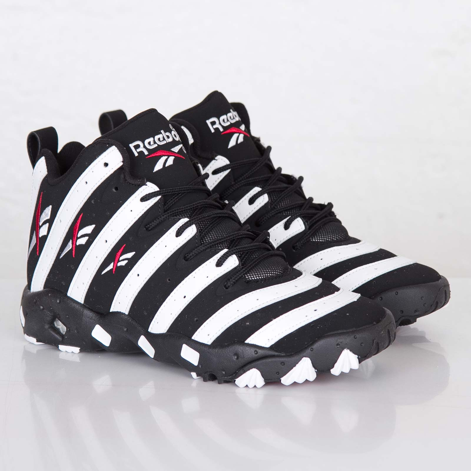 6a008cc000348d Reebok Big Hurt - V55133 - Sneakersnstuff