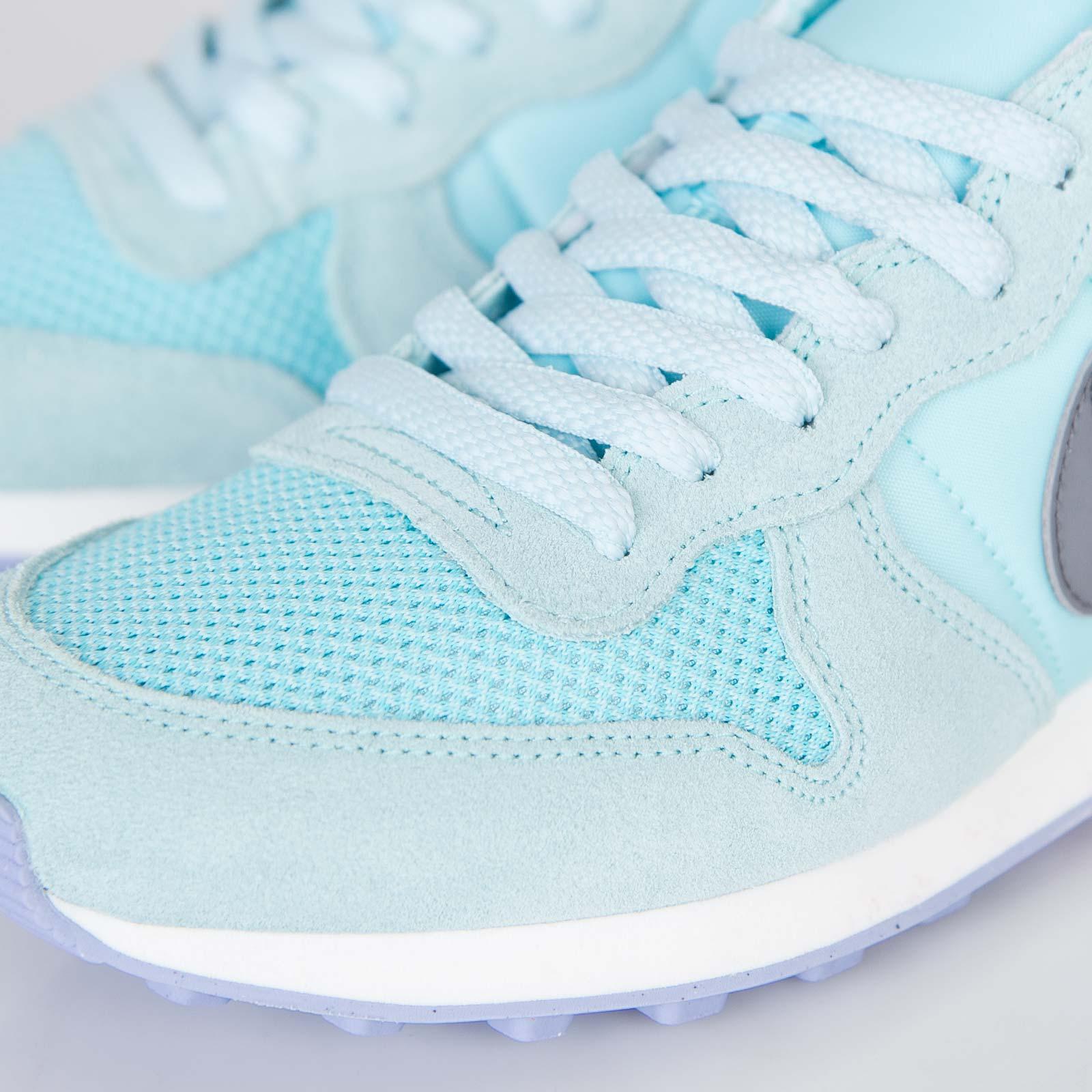 promo code f398f ee031 Nike Wmns Internationalist - 629684-400 - Sneakersnstuff   sneakers    streetwear online since 1999