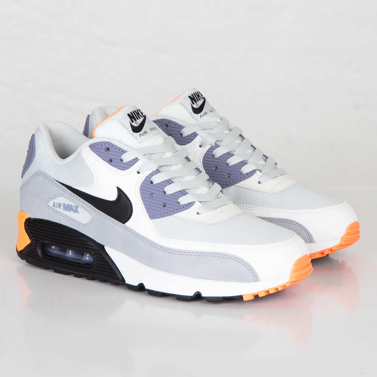 Nike Air Max 90 Essential - 537384-005 - Sneakersnstuff  a4c26c47c