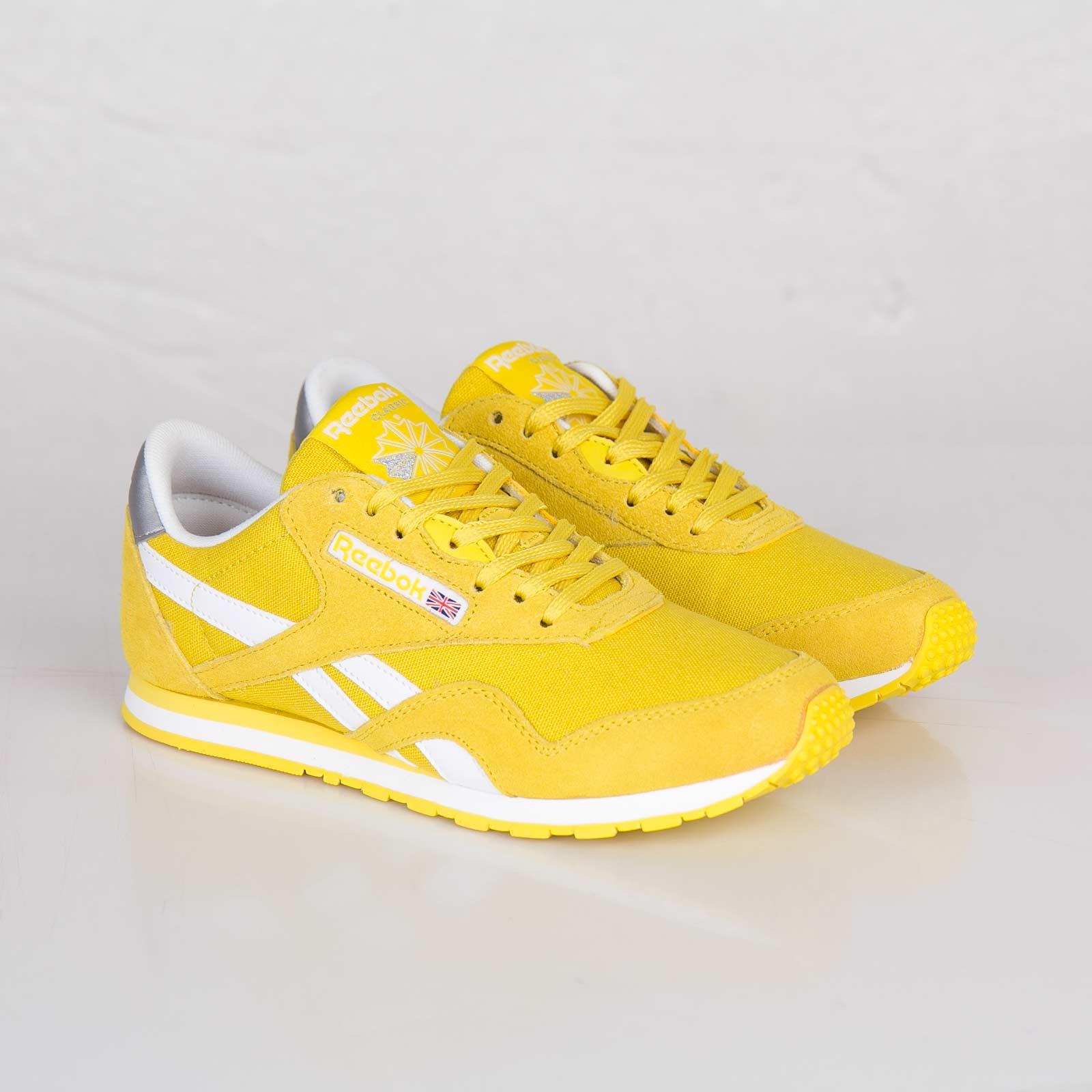Reebok Classic Nylon Slim Pop - V55274 - Sneakersnstuff  f69cc17fe