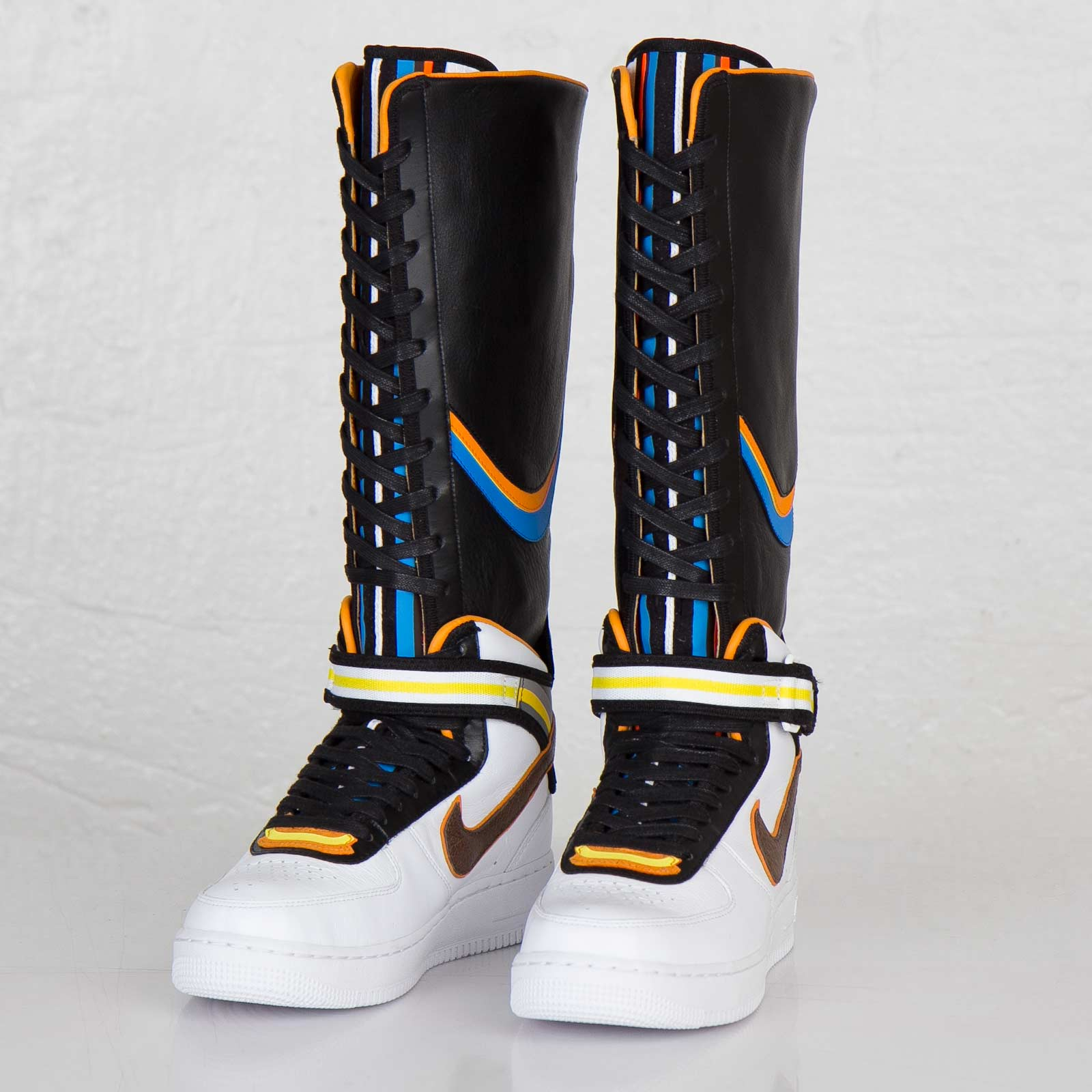 Nike Wmns Air Force 1 Boot SP Tisci