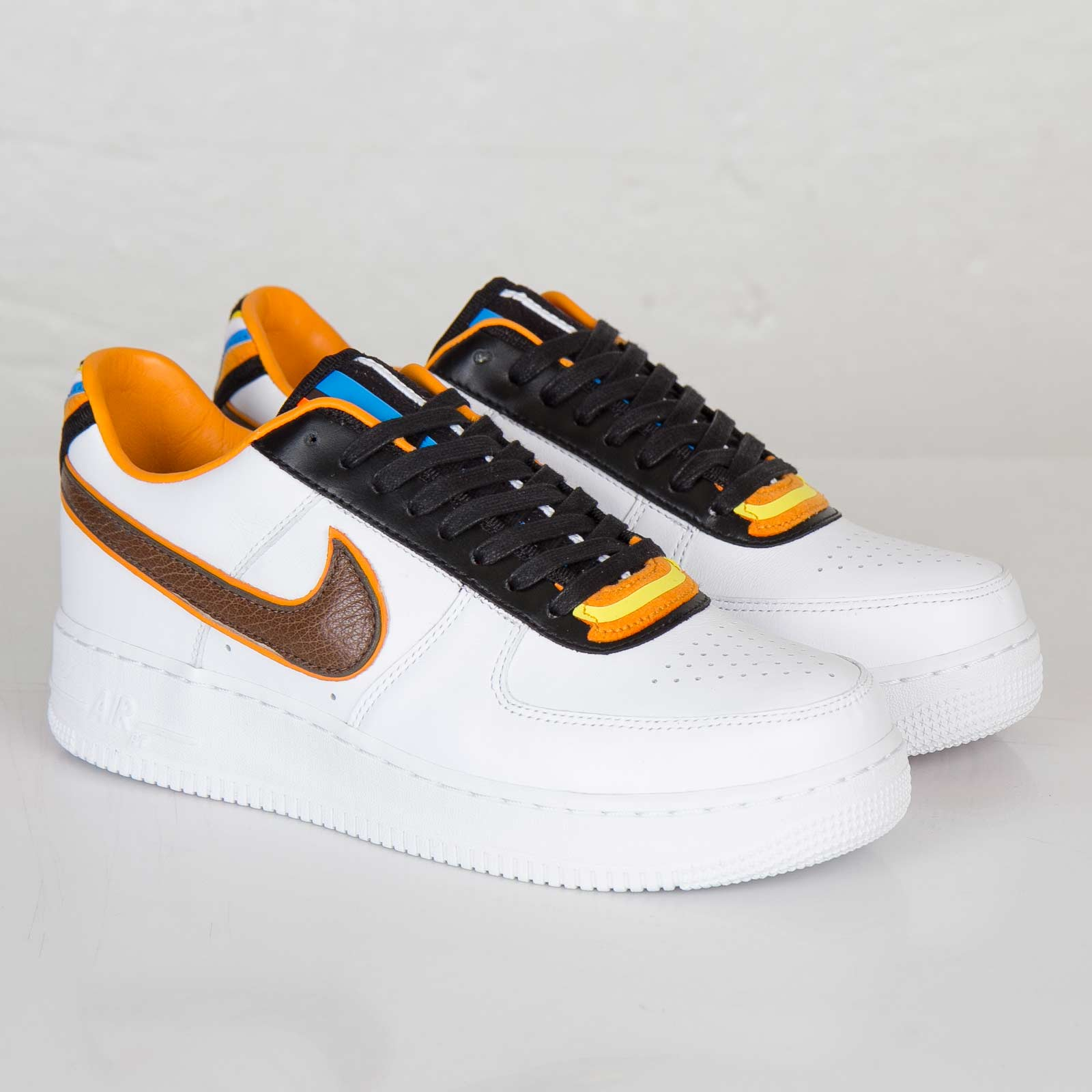 competitive price fb120 c2400 Nike Air Force 1 SP / Tisci - 669917-120 - Sneakersnstuff ...