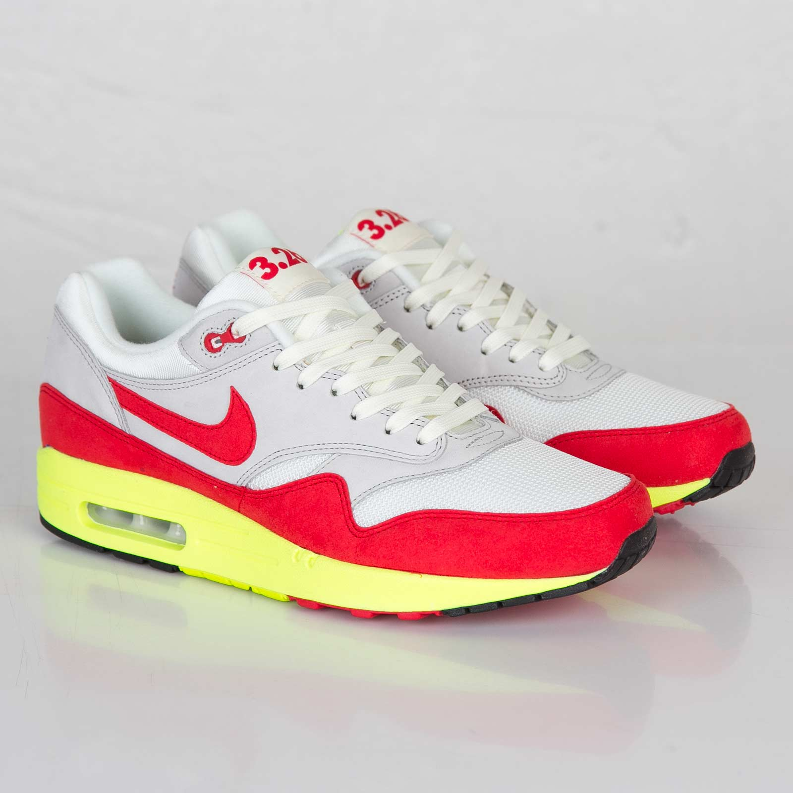 af35ddff6777 Nike Air Max 1 Premium QS - 665873-106 - Sneakersnstuff