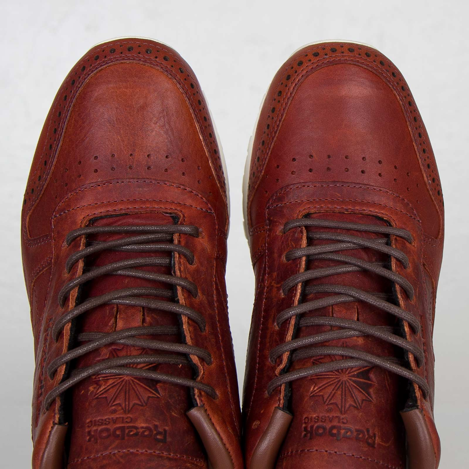 Classic Lux Leather Cf V55142 Stead Sneakersnstuff Reebok qUwapfw