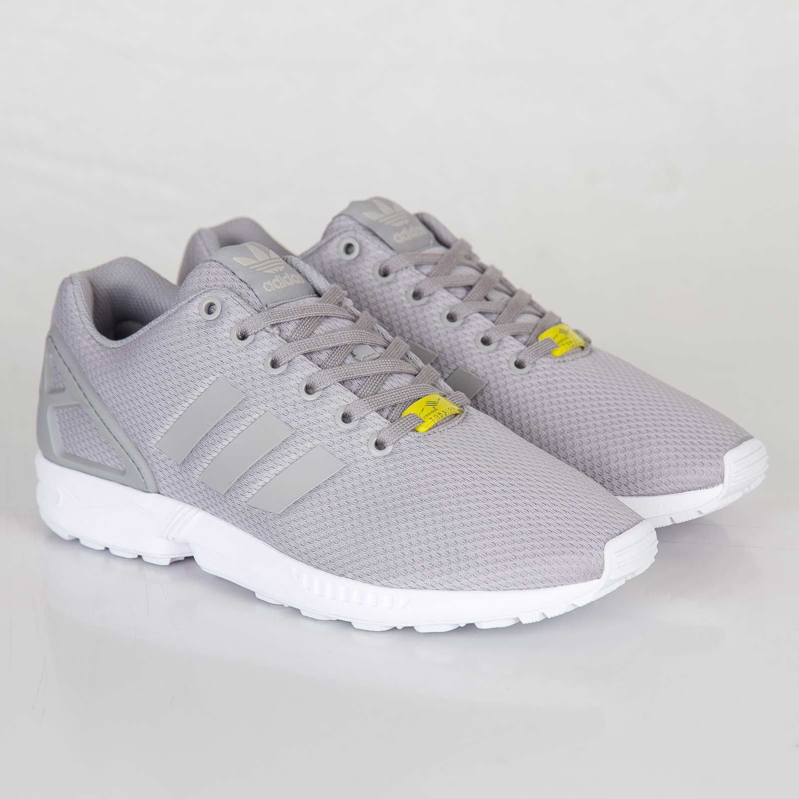 pretty nice b3328 242ab adidas ZX Flux - M19838 - Sneakersnstuff   sneakers   streetwear ...