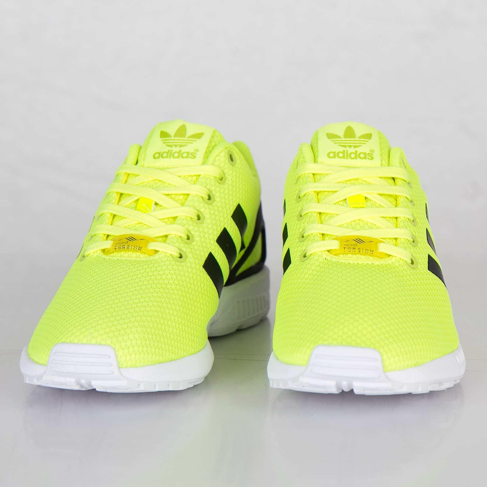 921138fe0 adidas ZX Flux - M22508 - Sneakersnstuff