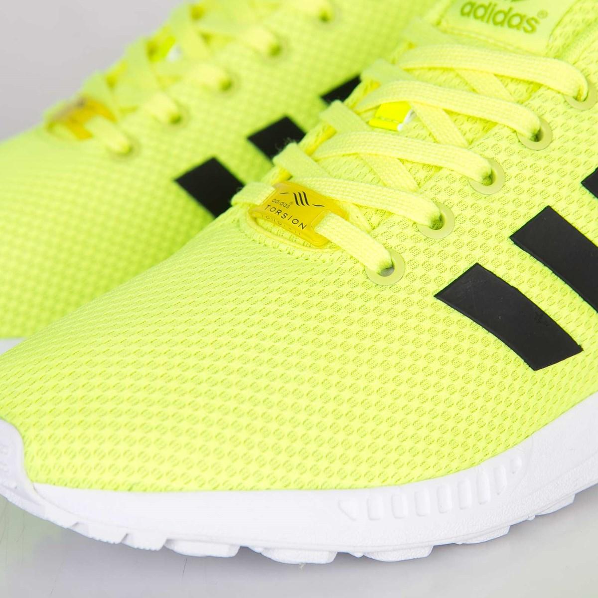 the best attitude 3a24f ca5a8 adidas ZX Flux - M22508 - Sneakersnstuff   sneakers   streetwear online  since 1999