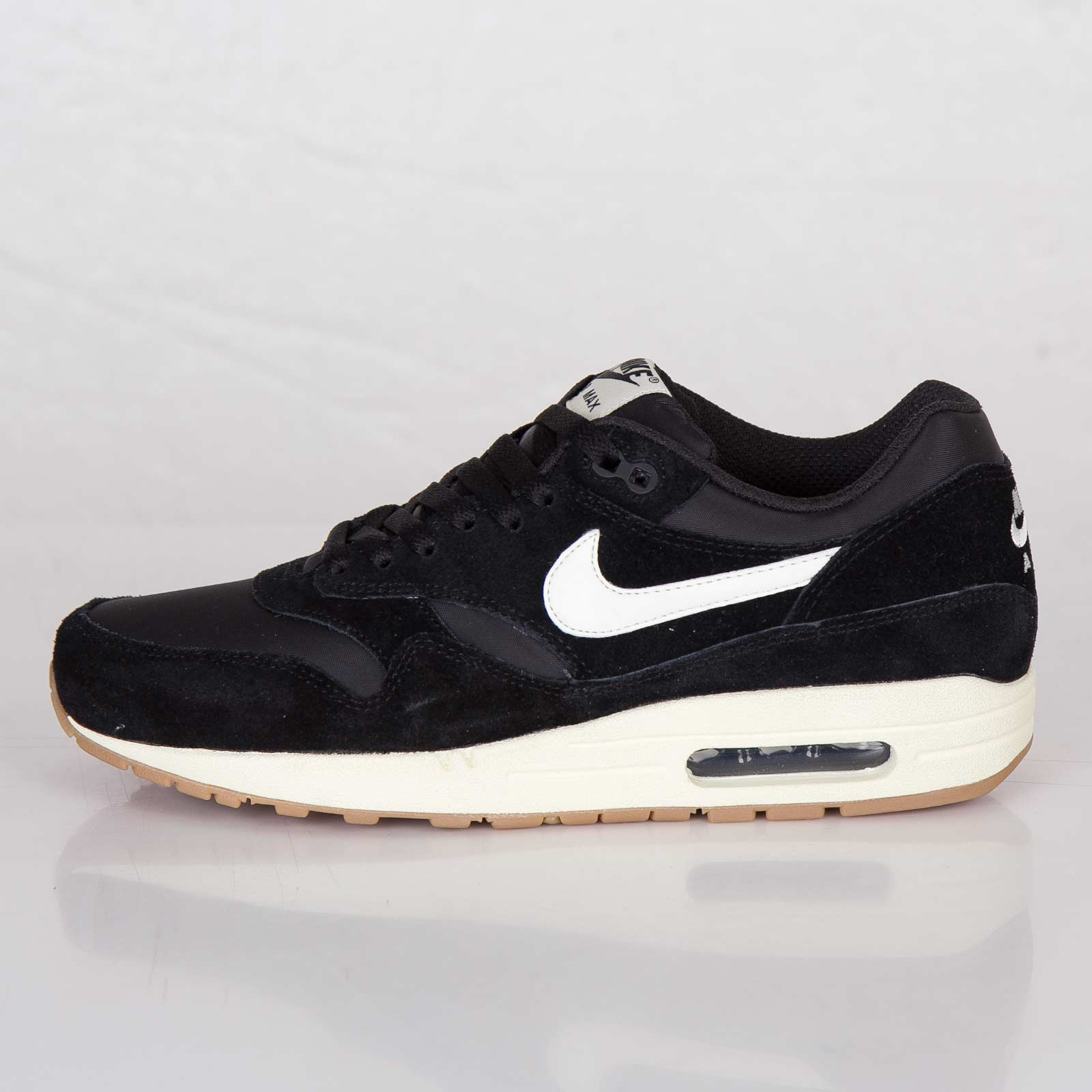 Nike Air Max 1 Essential 537383 011 Sneakersnstuff