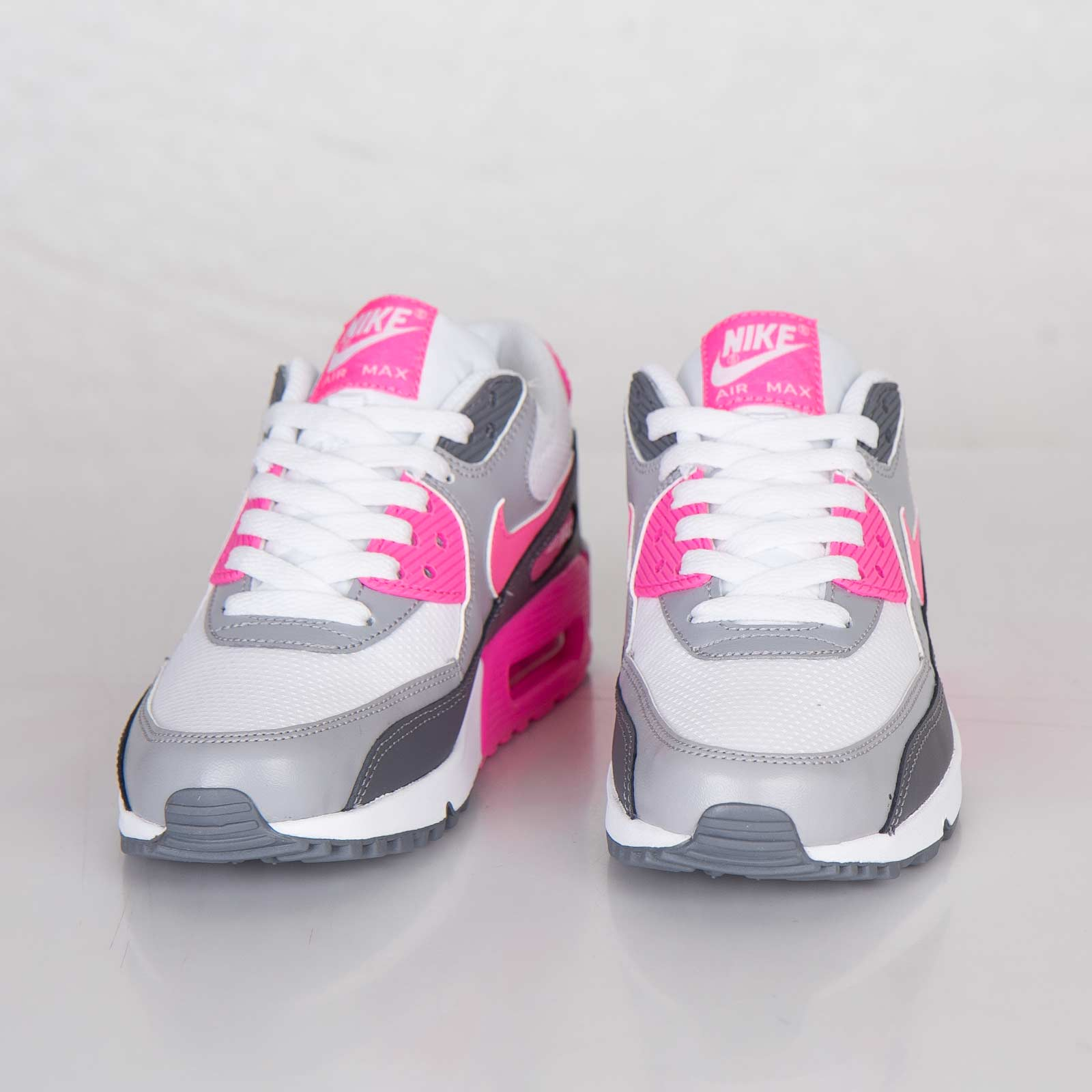premium selection dc86b 0a6a8 Nike Wmns Air Max 90 Essential - 616730-102 - Sneakersnstuff   sneakers    streetwear online since 1999