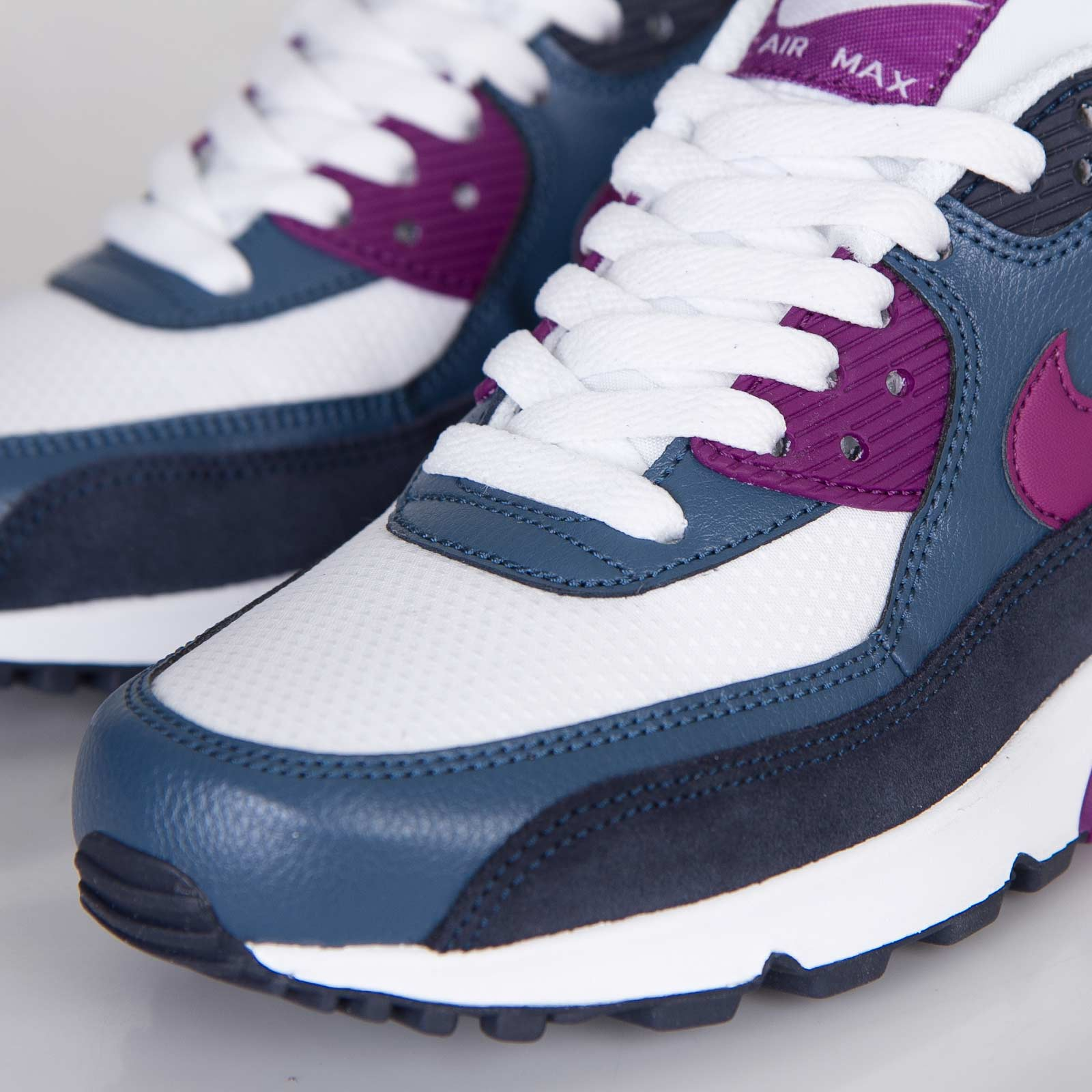 newest collection 5398a 812d5 ... Nike Wmns Air Max 90 Essential ...