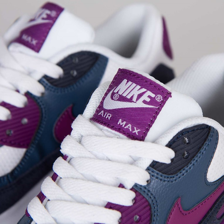 Nike Wmns Air Max 90 Essential 616730 107 Sneakersnstuff