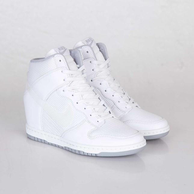 cf19abb25dba3f ... wedge sneaker bd7bc b7fa4  new arrivals nike wmns dunk sky hi essential  65fdd b8352