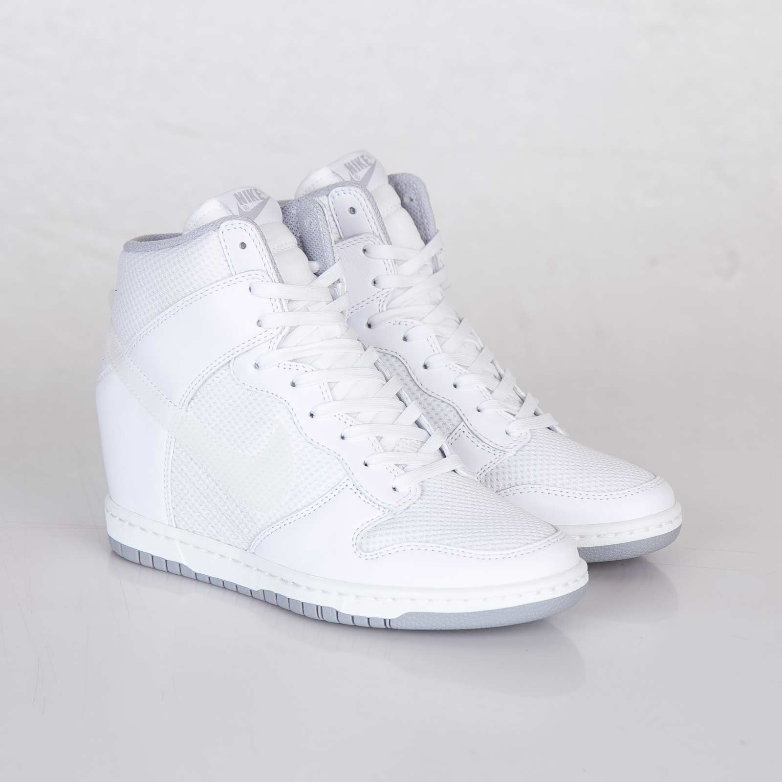 40a0882c3e09 ... wedge sneaker woman 039 e49dd 19964  reduced nike dunk sky hi white  croc size 5.5 5ec29 15de5