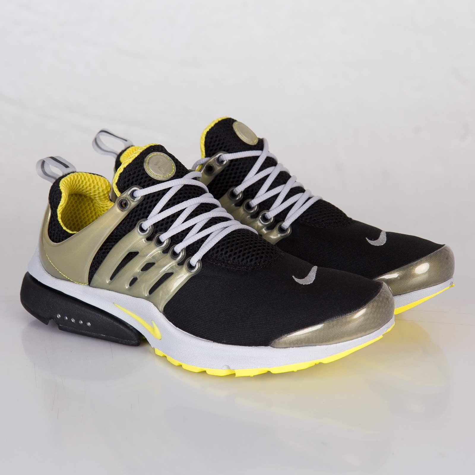 Nike Air Presto SP - 689800-007 - Sneakersnstuff  09a664e92608