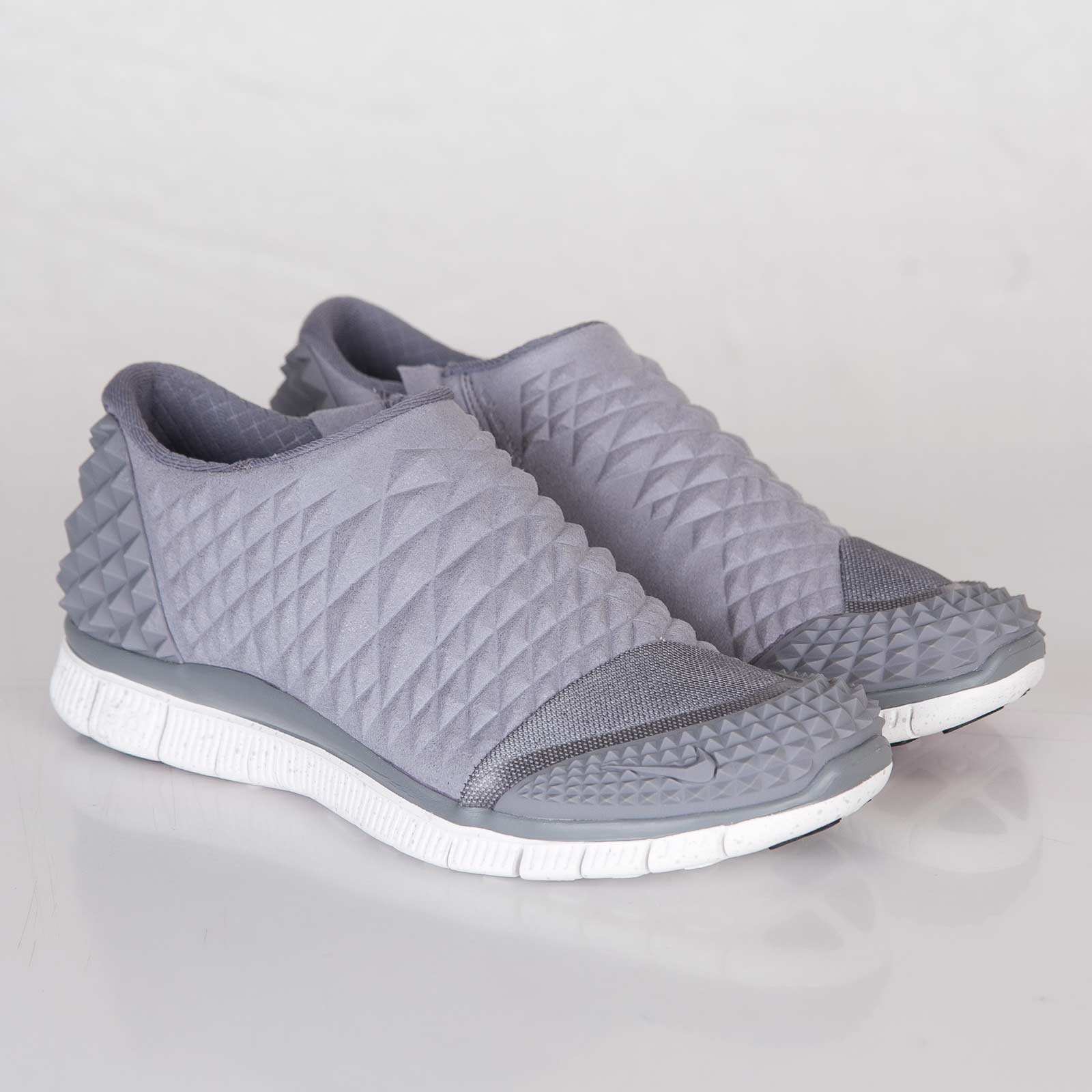 72a253bf24d9 Nike Free Orbit II SP - 657738-090 - Sneakersnstuff