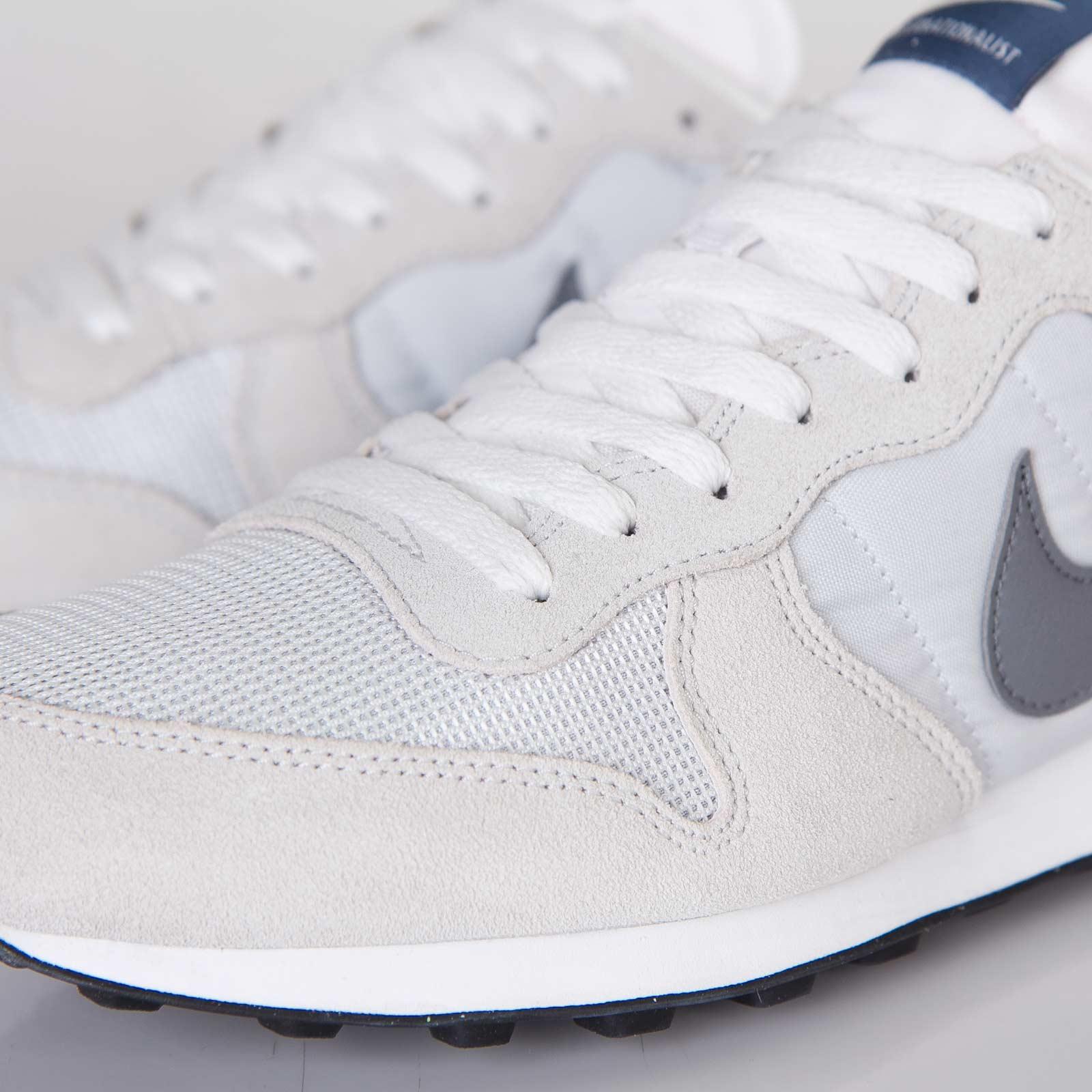 newest a54da 04d34 Nike Internationalist - 631754-002 - Sneakersnstuff   sneakers   streetwear  online since 1999