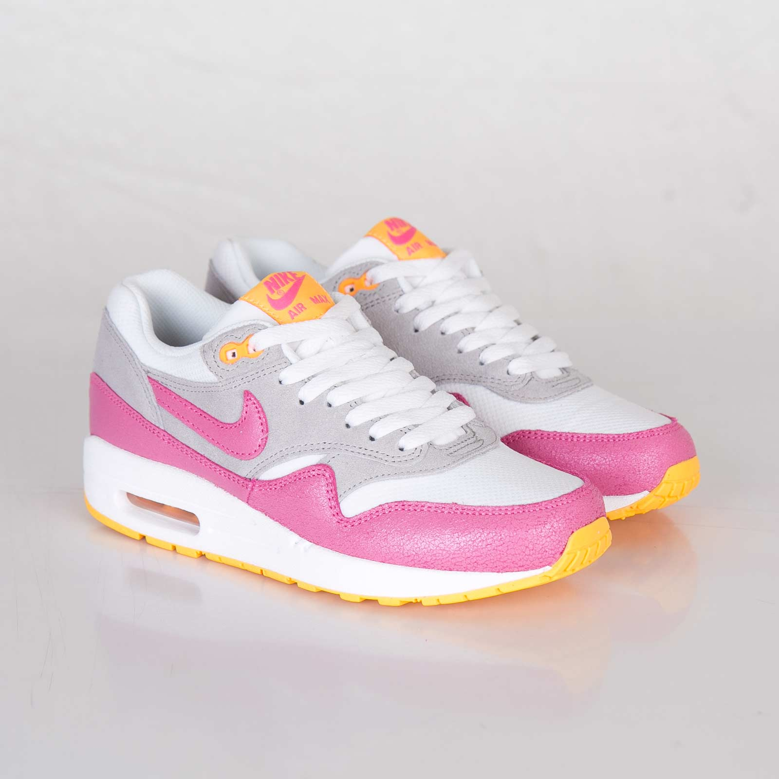 best authentic abe5b 89cff Nike Wmns Air Max 1 Essential