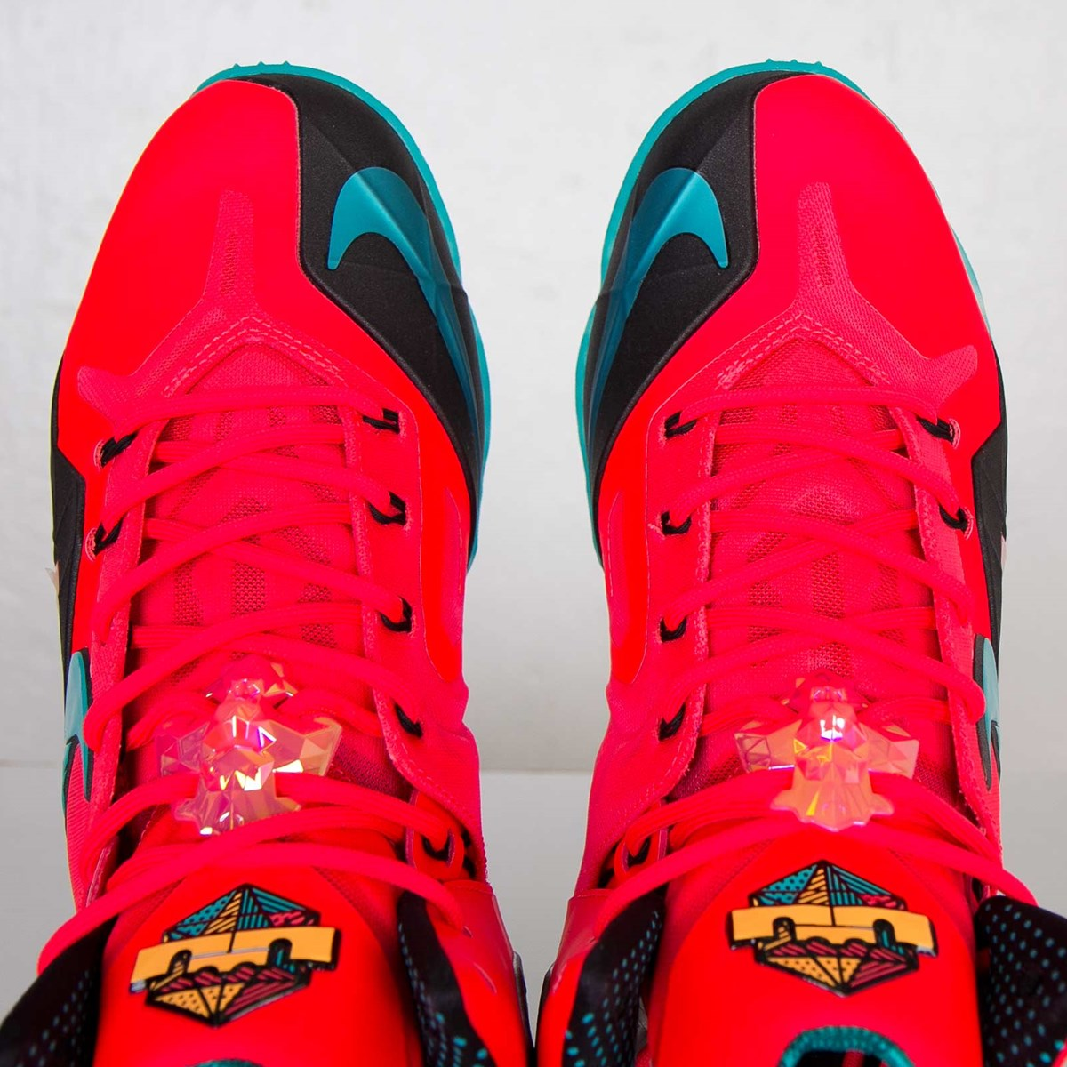 Nike LeBron XI Elite - 642846-600 - Sneakersnstuff ...