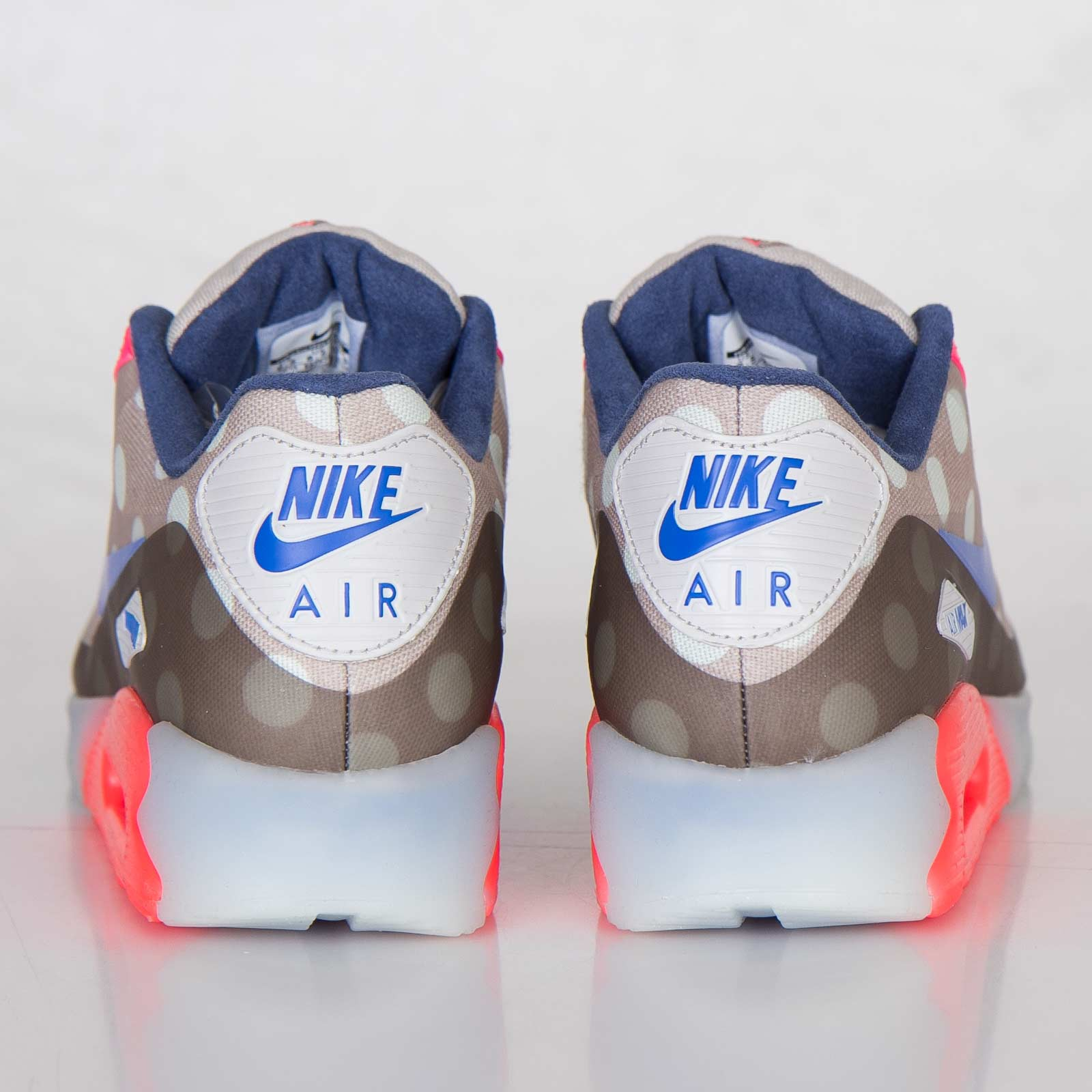 best loved 693fa 1c07e Nike Air Max 90 Ice City QS - 667635-001 - Sneakersnstuff   sneakers    streetwear online since 1999