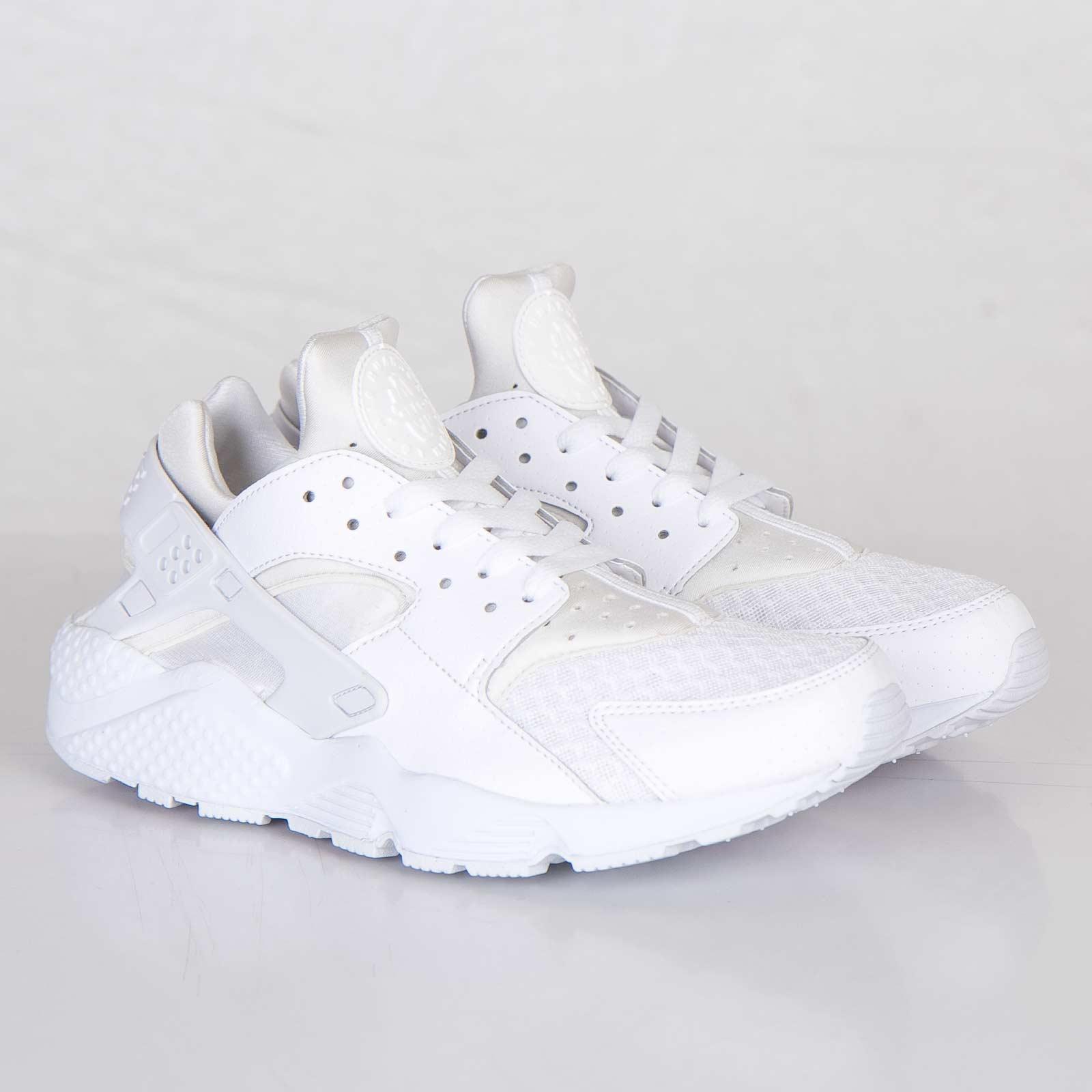 99bd9d2fab4ad Nike Air Huarache - 318429-111 - Sneakersnstuff