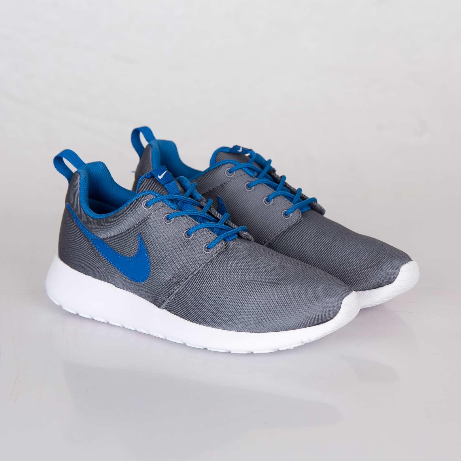 bab59a73ab65 ... grey blue Nike Roshe Run (GS) ...