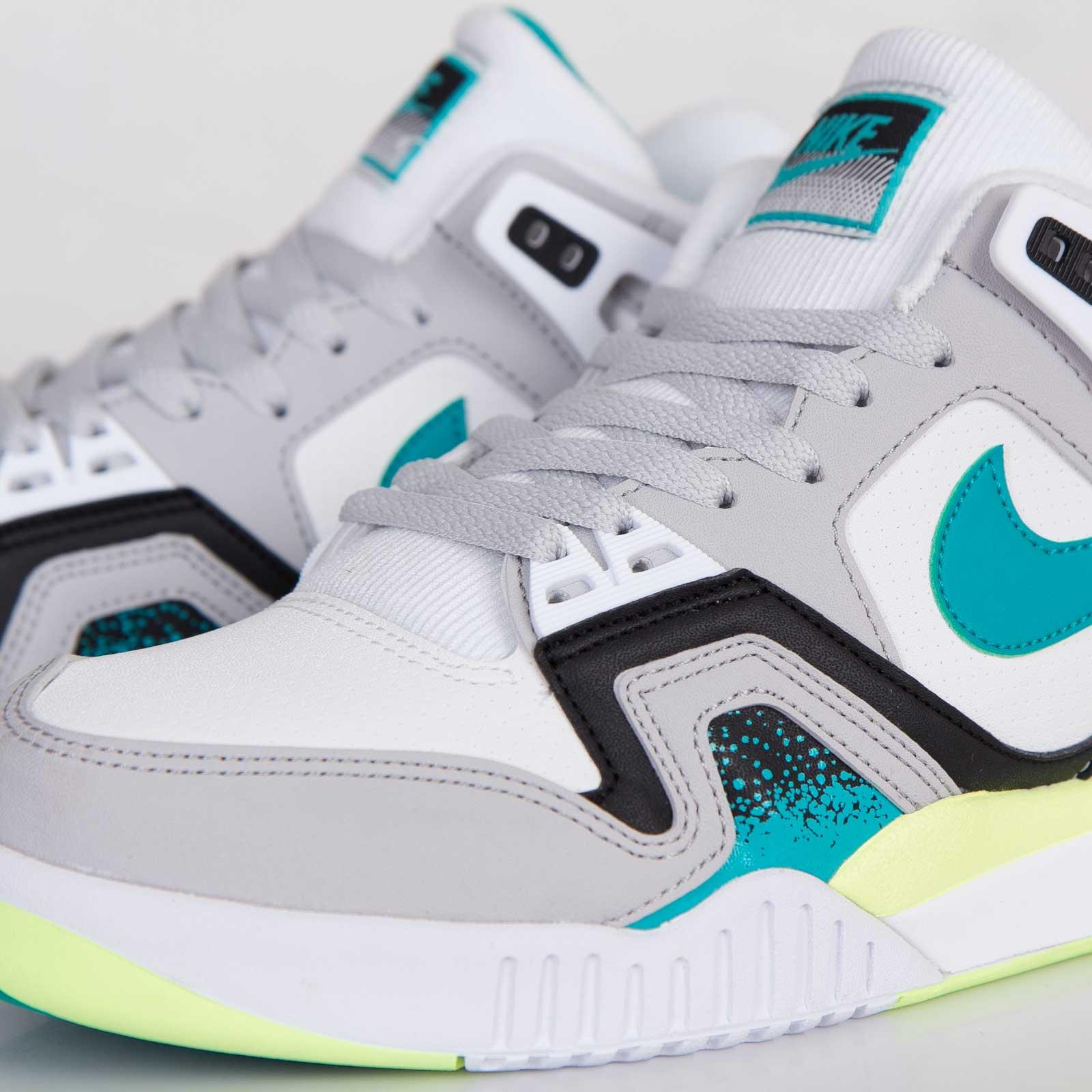 Nike Air Tech Challenge II - 318408-130 - Sneakersnstuff  0de568bf9