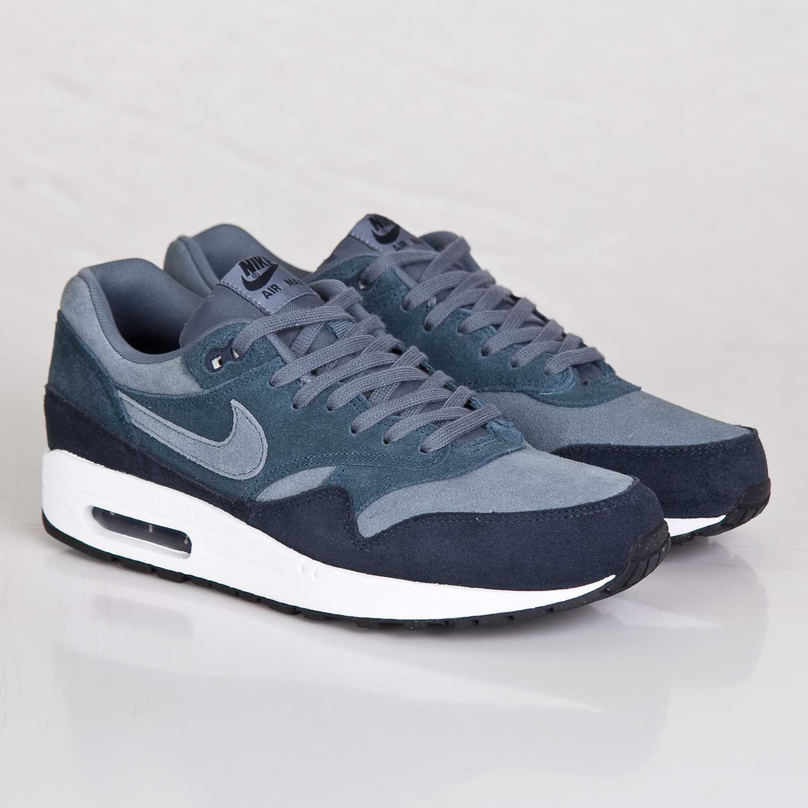 quality design b2e6f 4913c Nike Air Max 1 Essential LTR