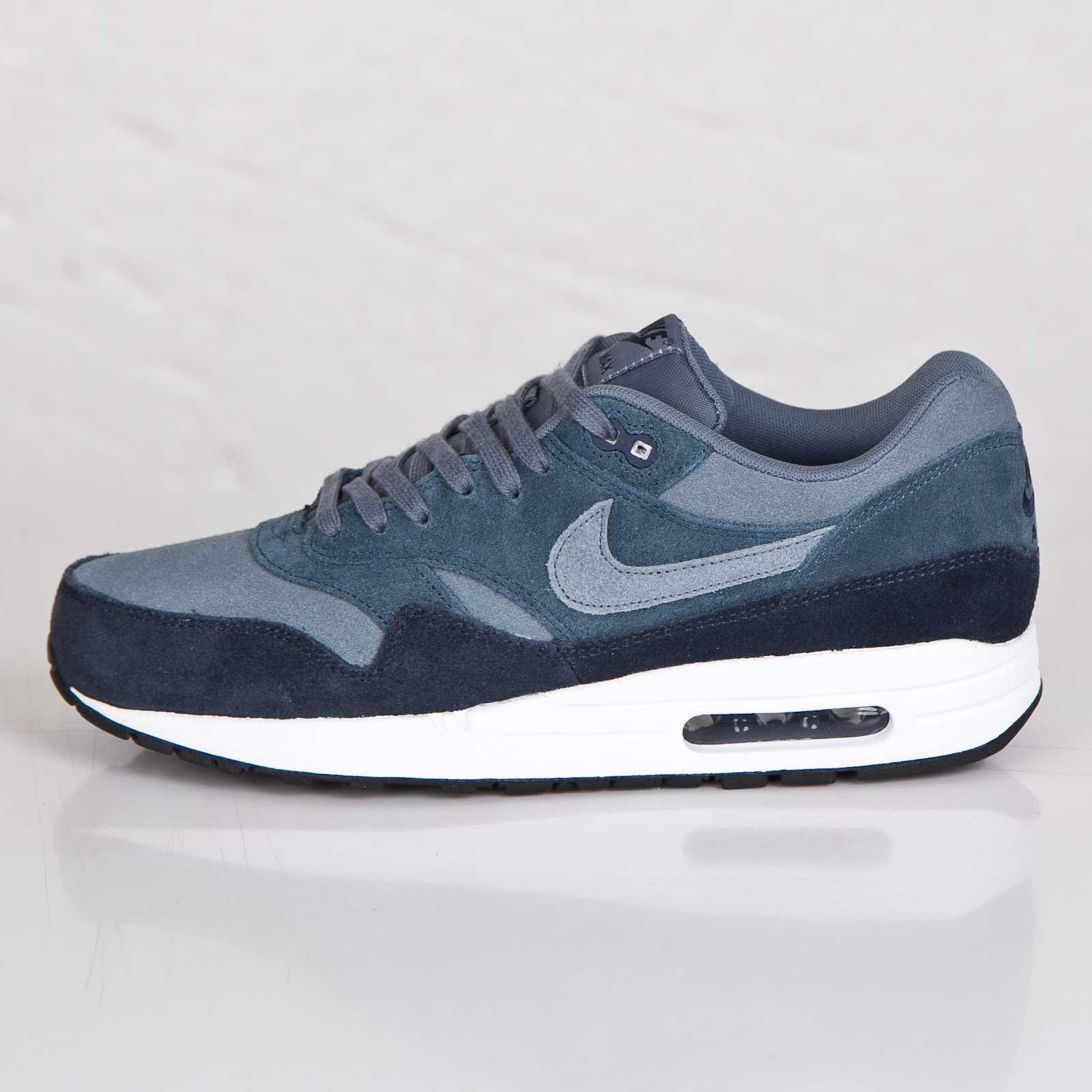 low priced ecb96 59f53 Nike Air Max 1 Essential LTR - 7. Close