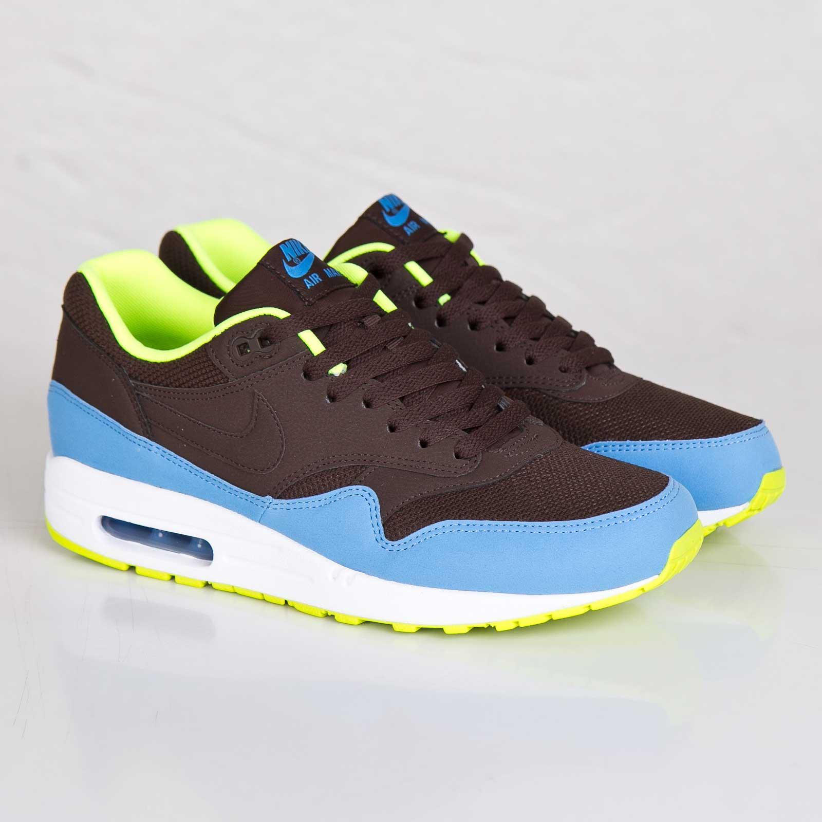 innovative design 3d57c bf6cb Nike Air Max 1 Essential