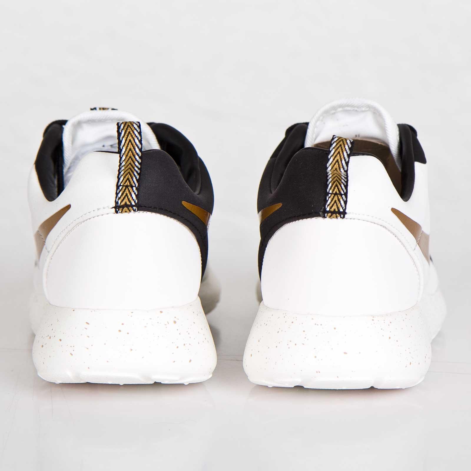 outlet store bc4ba 0cd41 Nike Roshe Run Hyperfuse Premium QS - 669689-100 - Sneakersnstuff    sneakers   streetwear online since 1999
