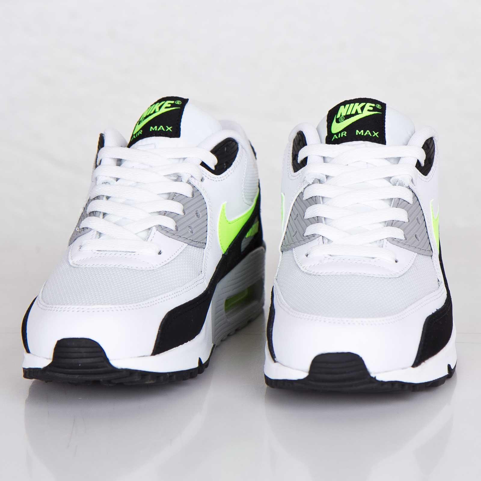 Nike Air Max 90 Essential - 537384-118 - SNS   sneakers ...